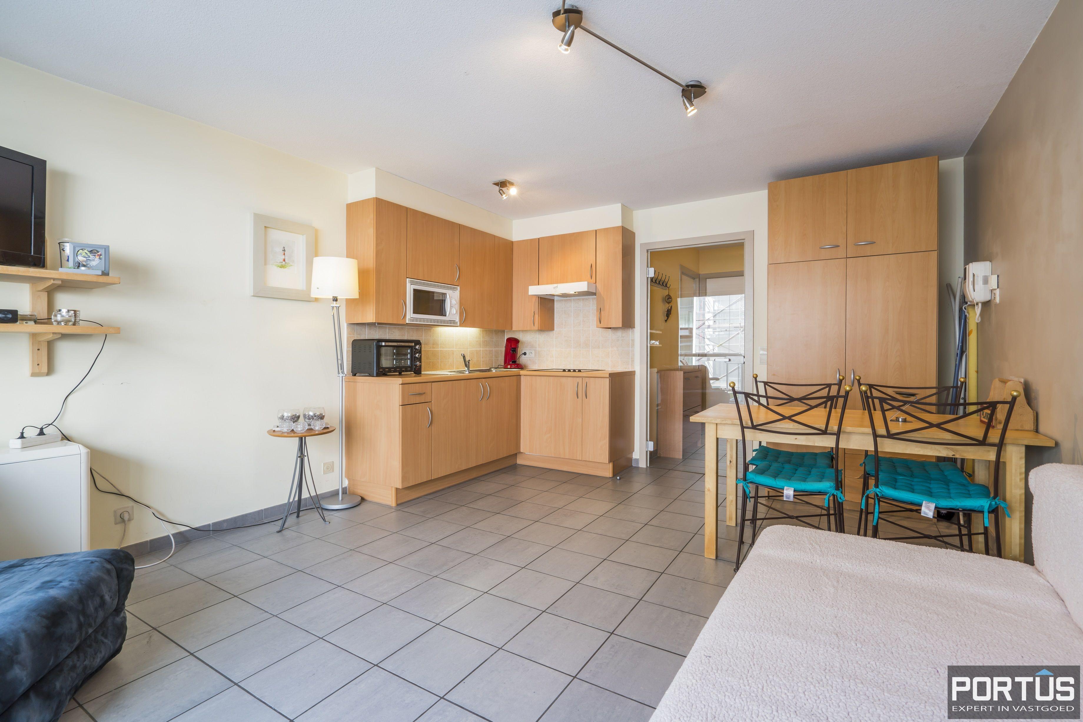 Instapklaar appartement met slaaphoek te koop te Nieuwpoort-Bad - 13000
