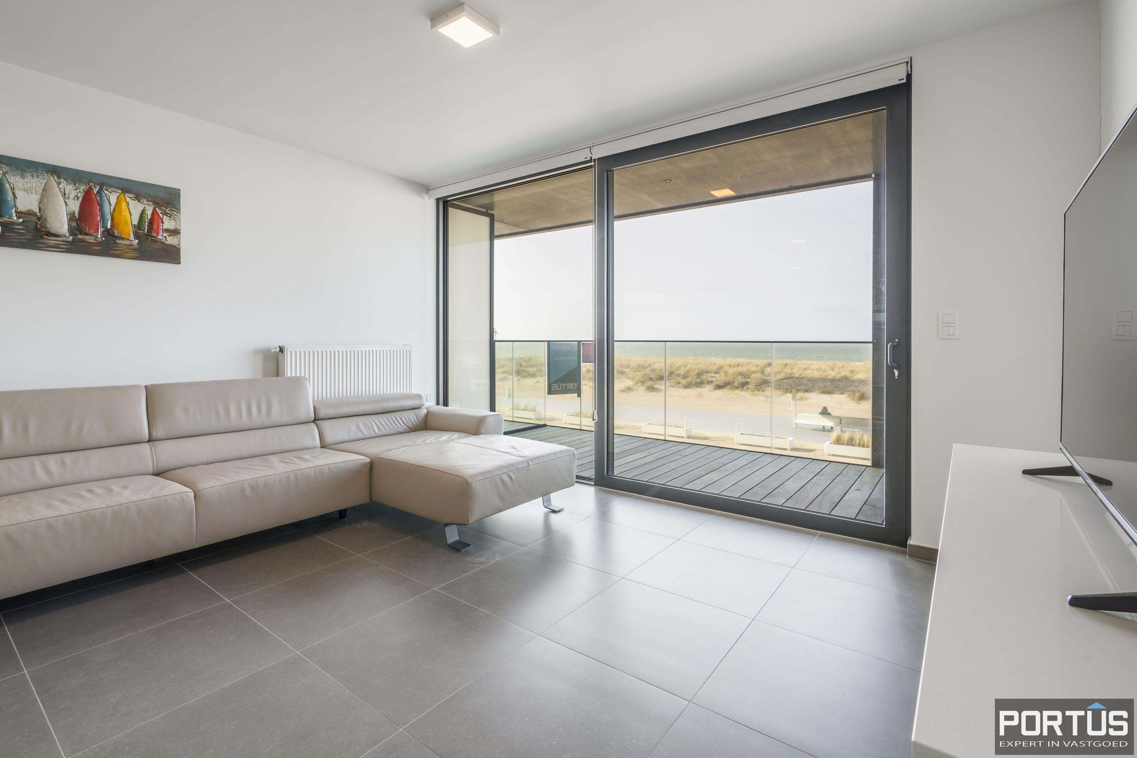 Recent appartement te koop te Nieuwpoort met frontaal zeezicht - 13039