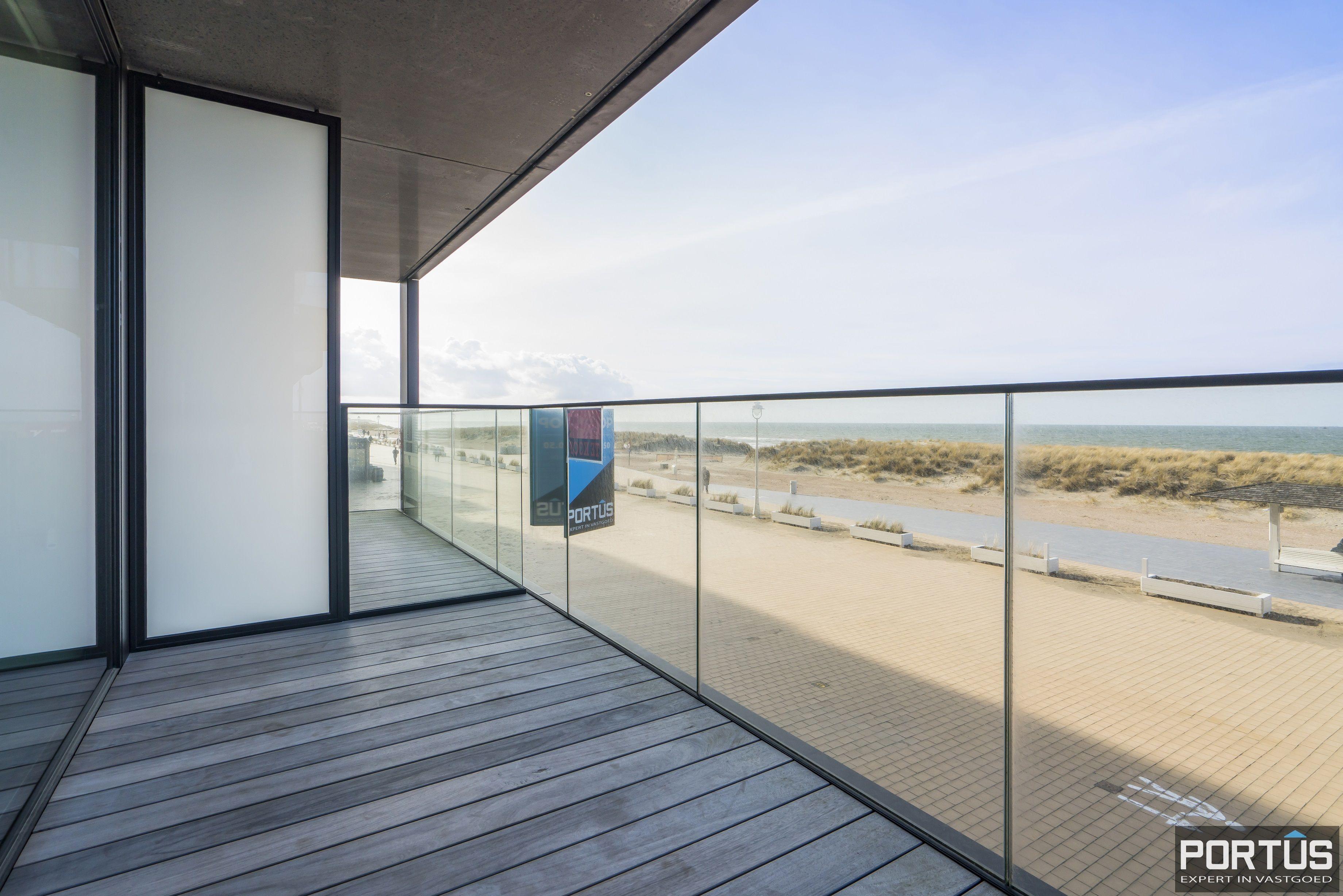 Recent appartement te koop te Nieuwpoort met frontaal zeezicht - 13042