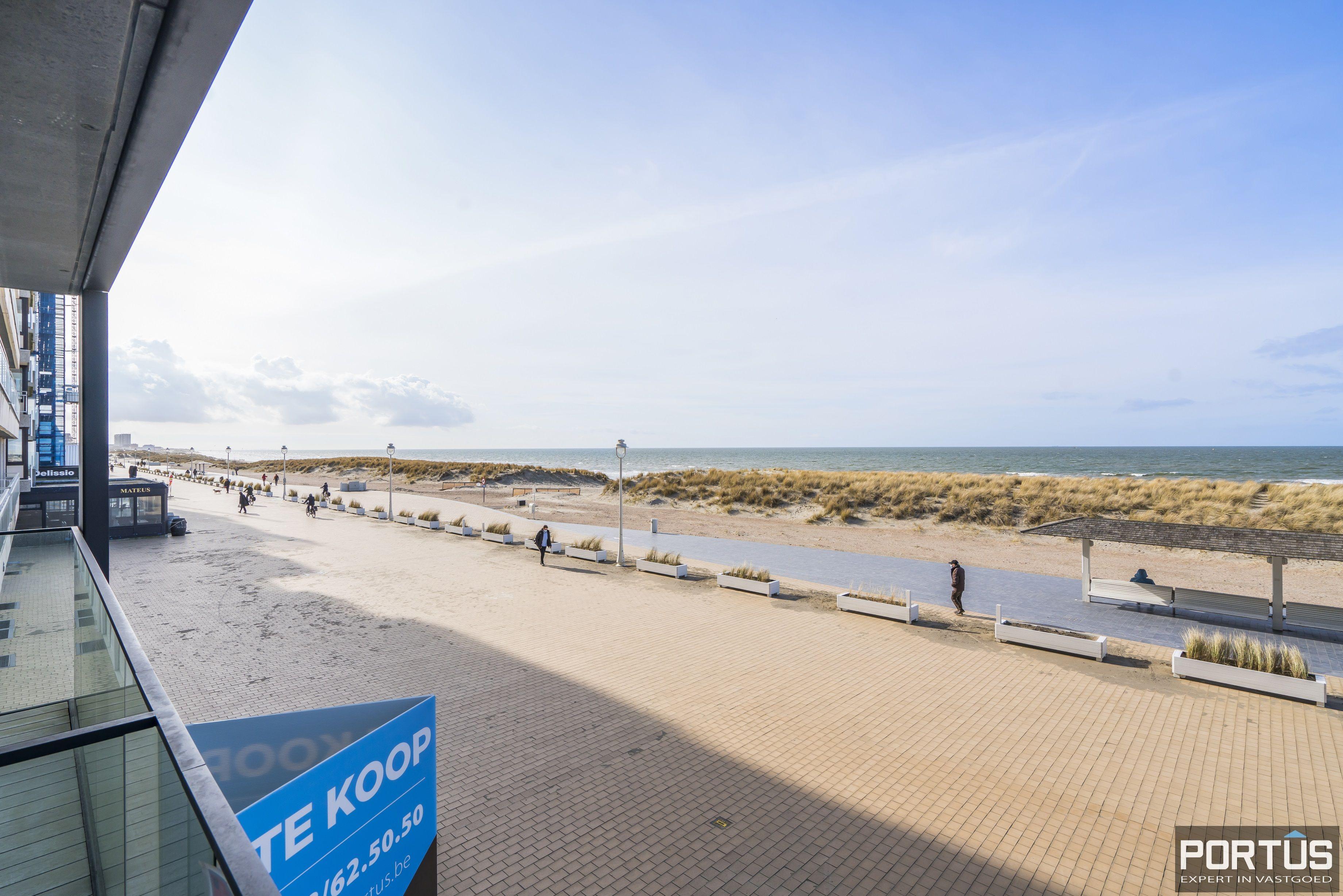 Recent appartement te koop te Nieuwpoort met frontaal zeezicht - 13043