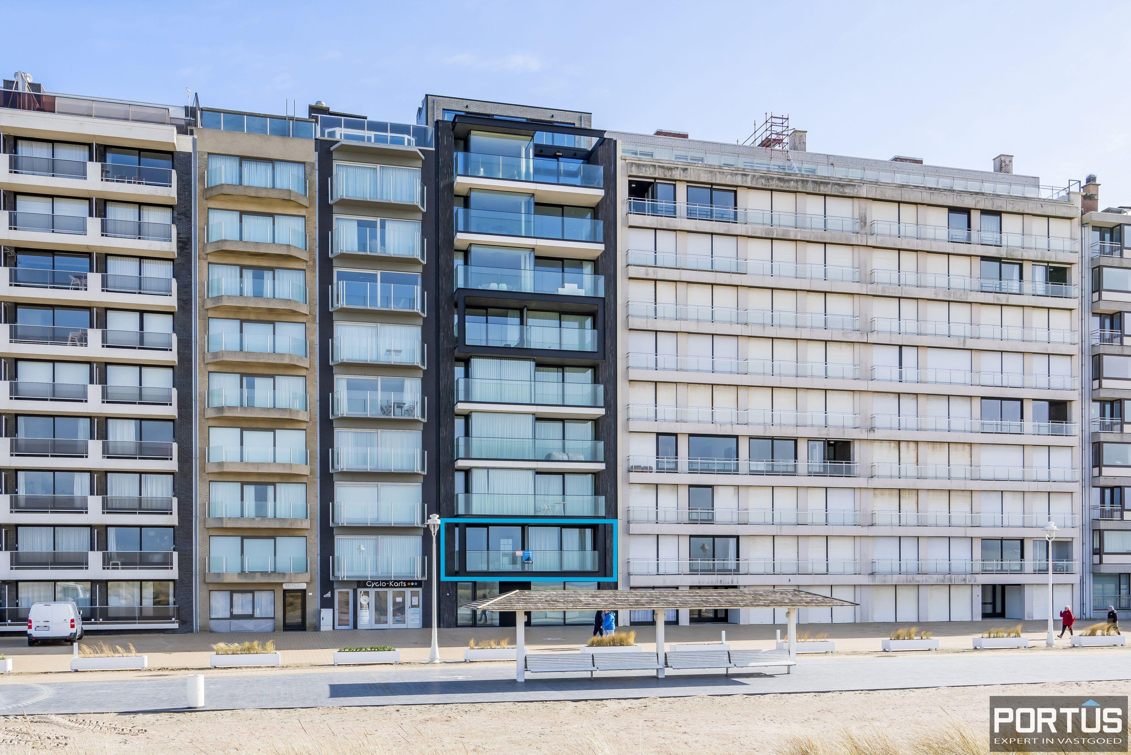 Recent appartement te koop te Nieuwpoort met frontaal zeezicht - 13053