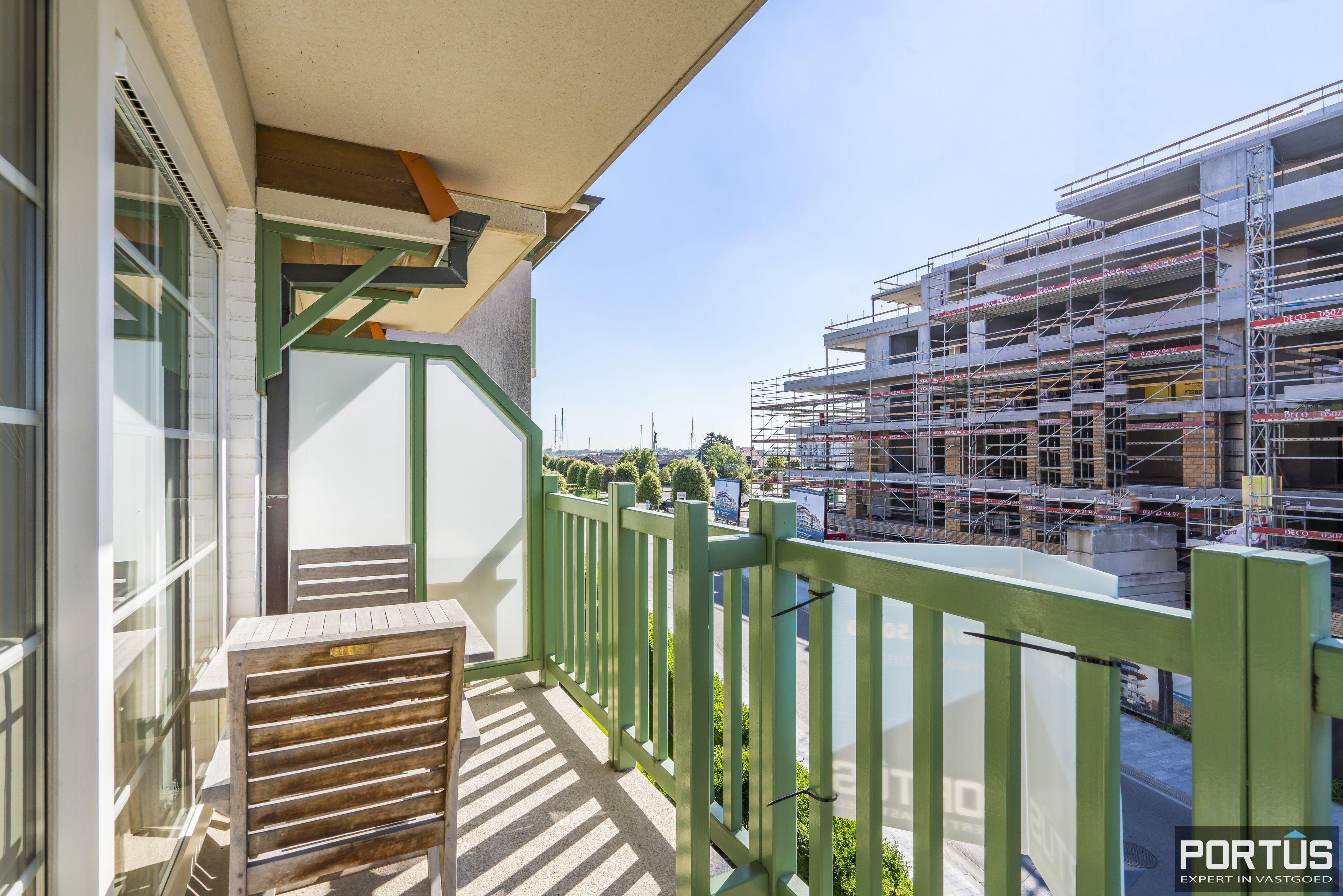 Instapklaar appartement met slaapkamer en slaaphoek te koop te Nieuwpoort - 13103