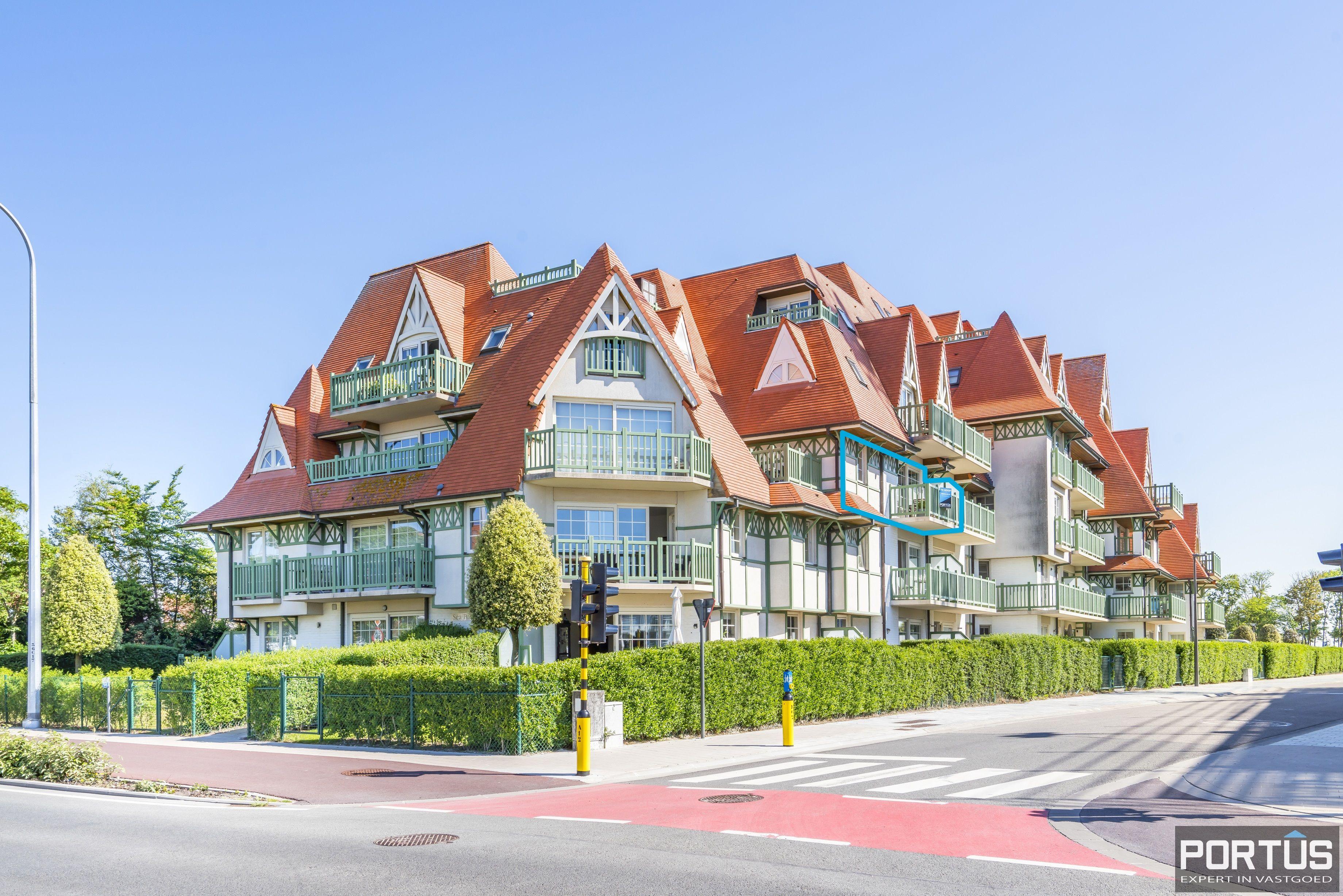 Instapklaar appartement met slaapkamer en slaaphoek te koop te Nieuwpoort