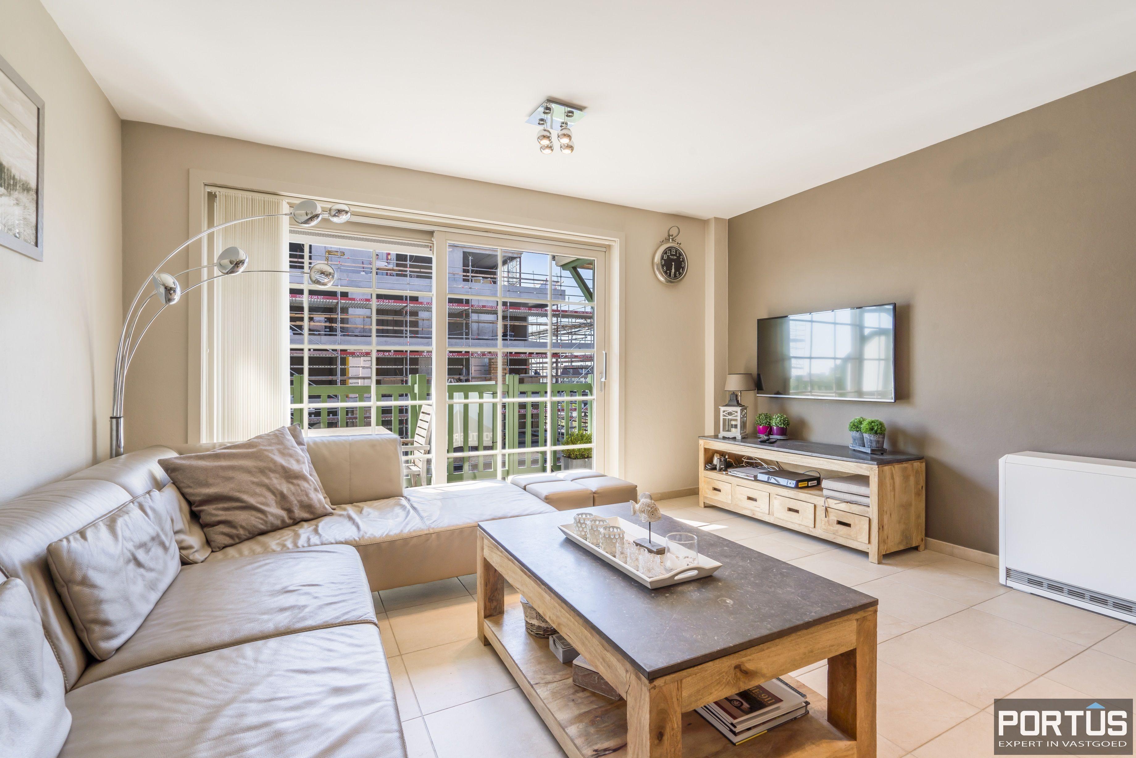 Instapklaar appartement met slaapkamer en slaaphoek te koop te Nieuwpoort - 13111