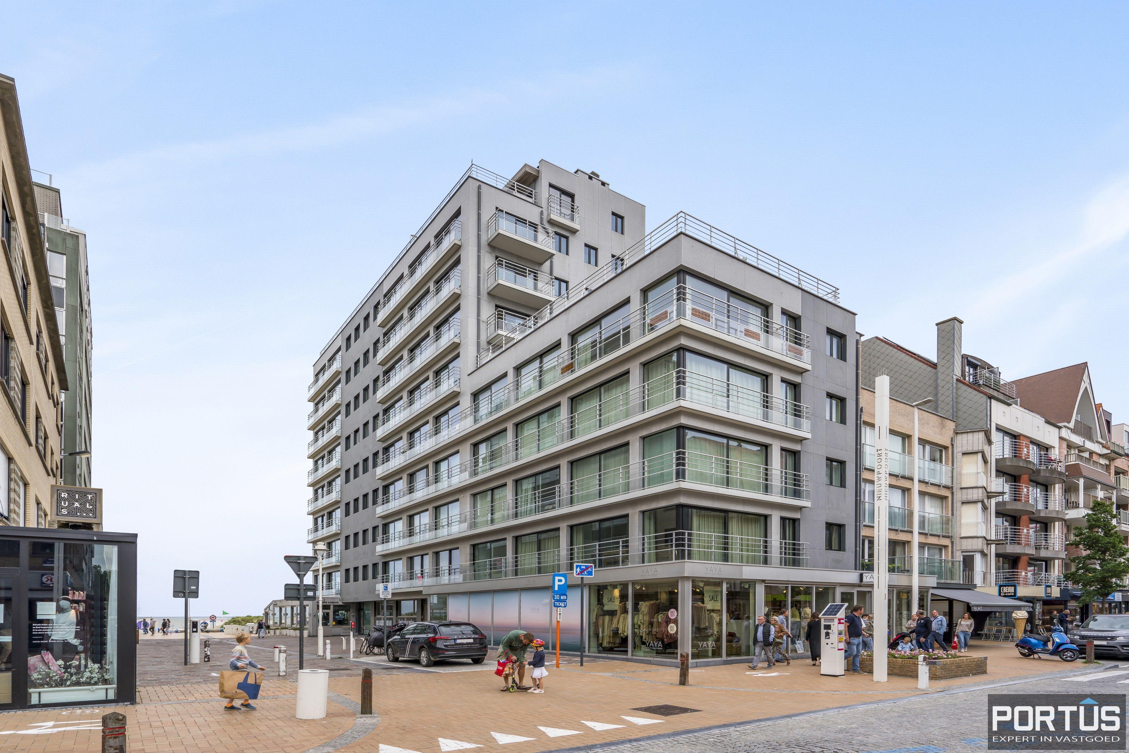 Gemeubelde studio met zijdelings zeezicht te koop te Nieuwpoort-Bad - 13324