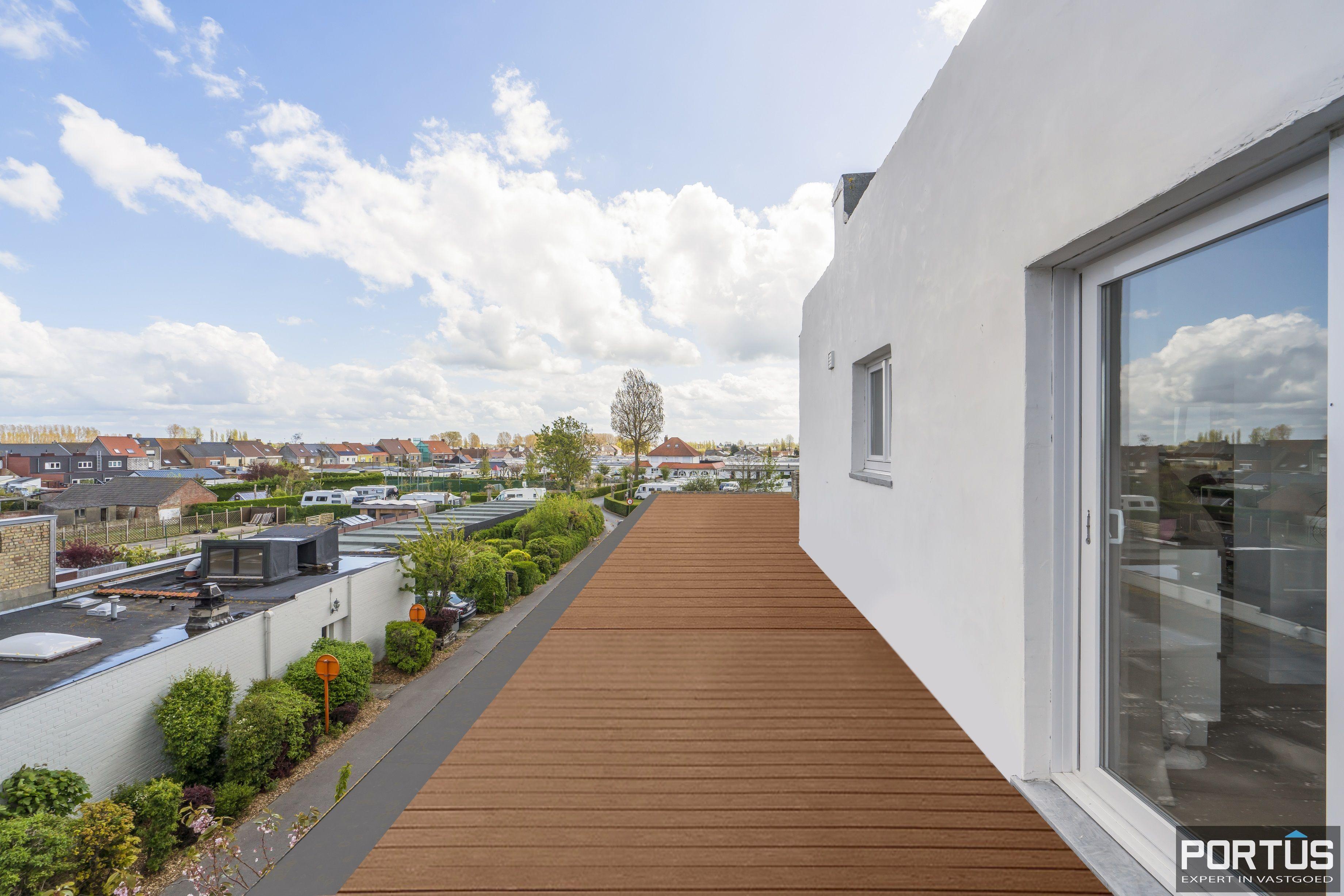 Appartement met 3 slaapkamers te koop te Westende - 13523
