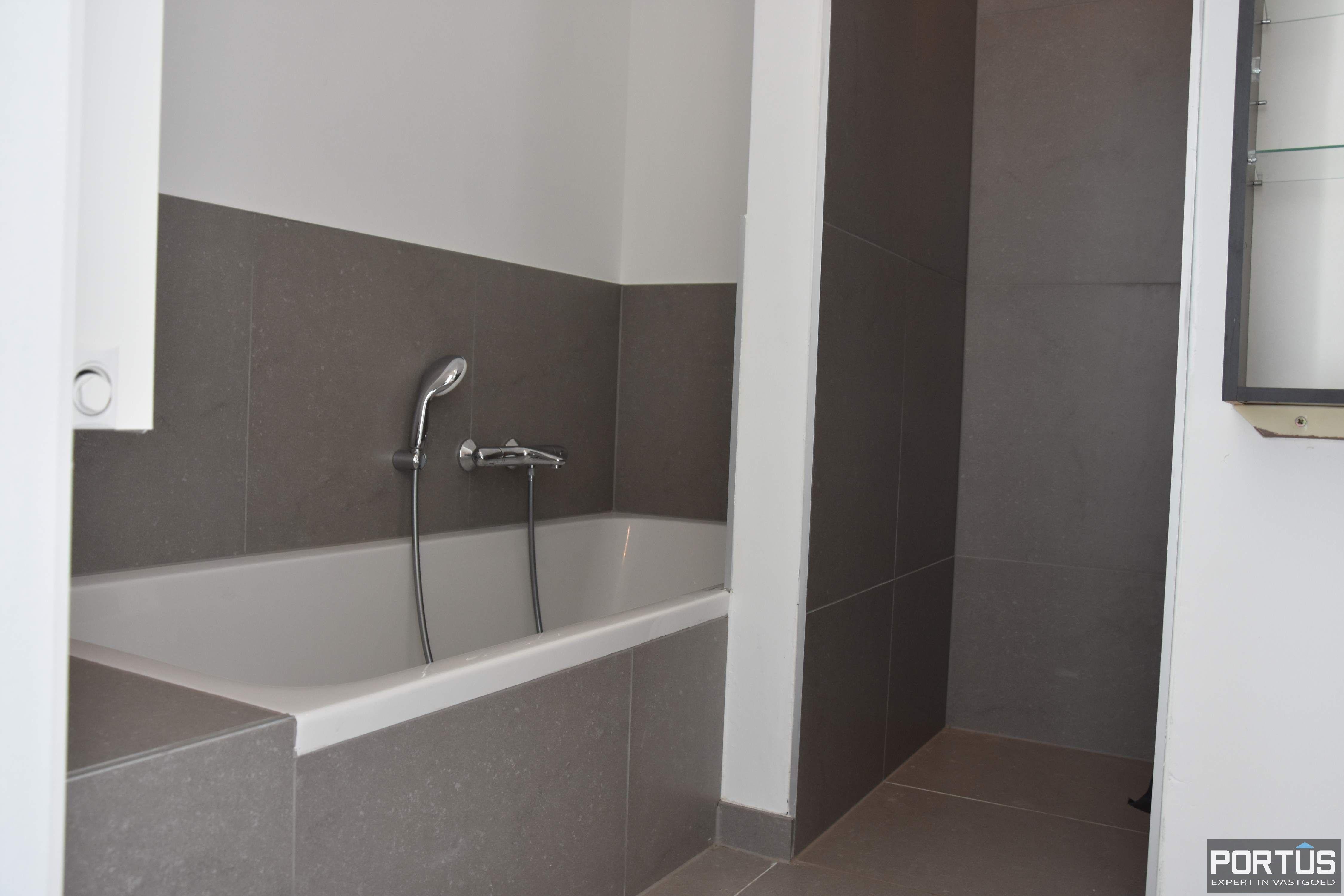Recent appartement te huur met 3 slaapkamers, kelderberging en parking - 13800