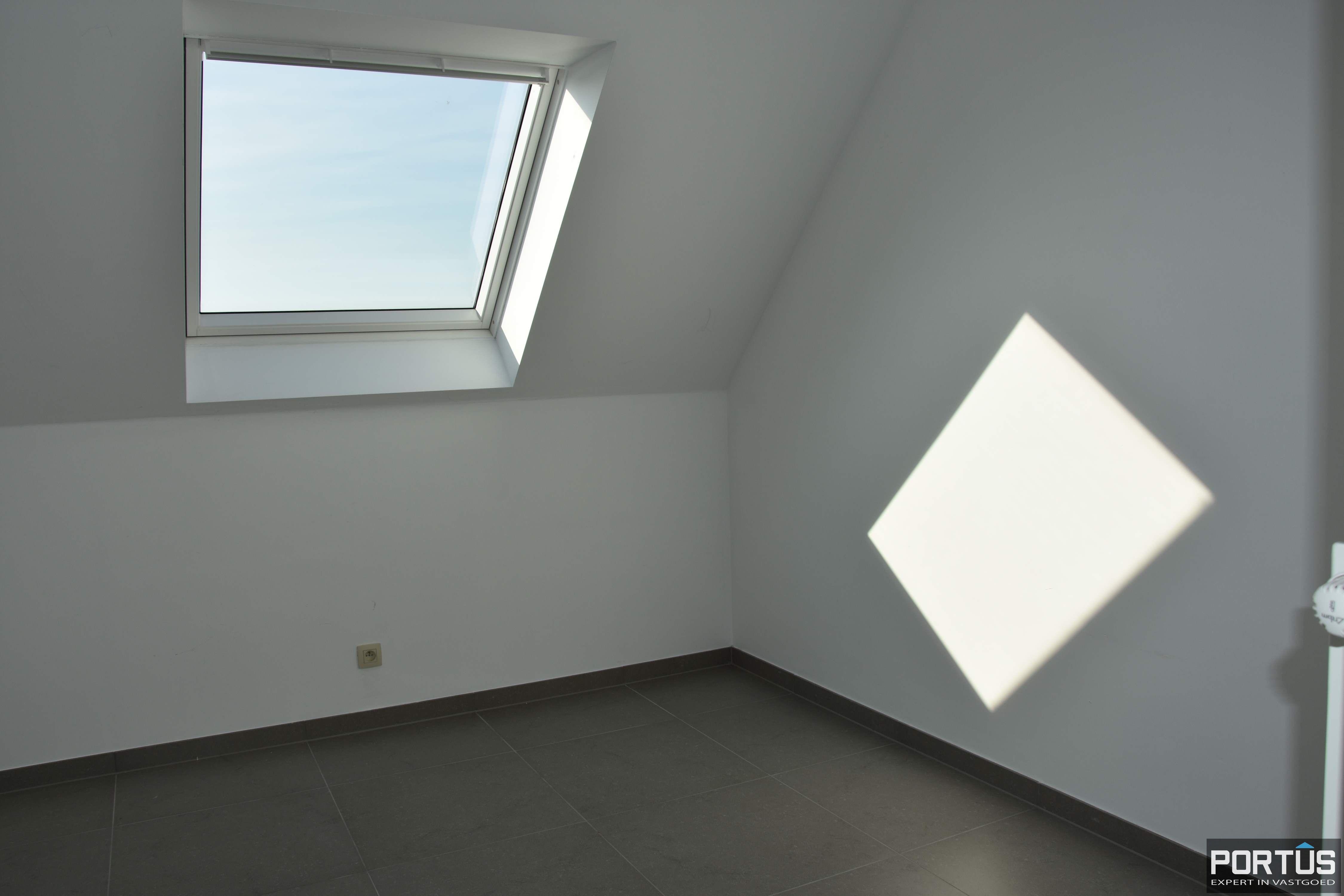 Recent appartement te huur met 3 slaapkamers, kelderberging en parking - 13801