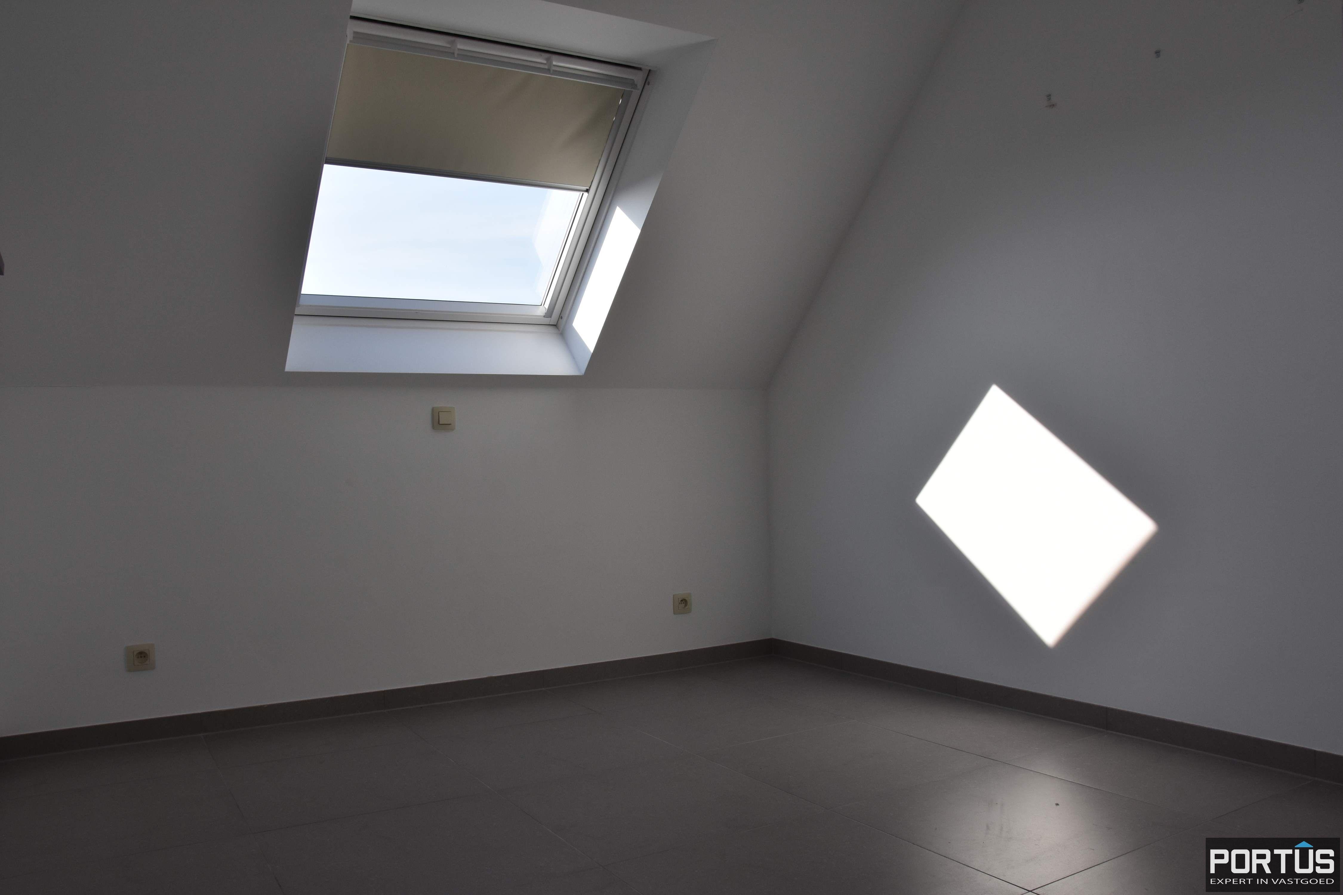 Recent appartement te huur met 3 slaapkamers, kelderberging en parking - 13802