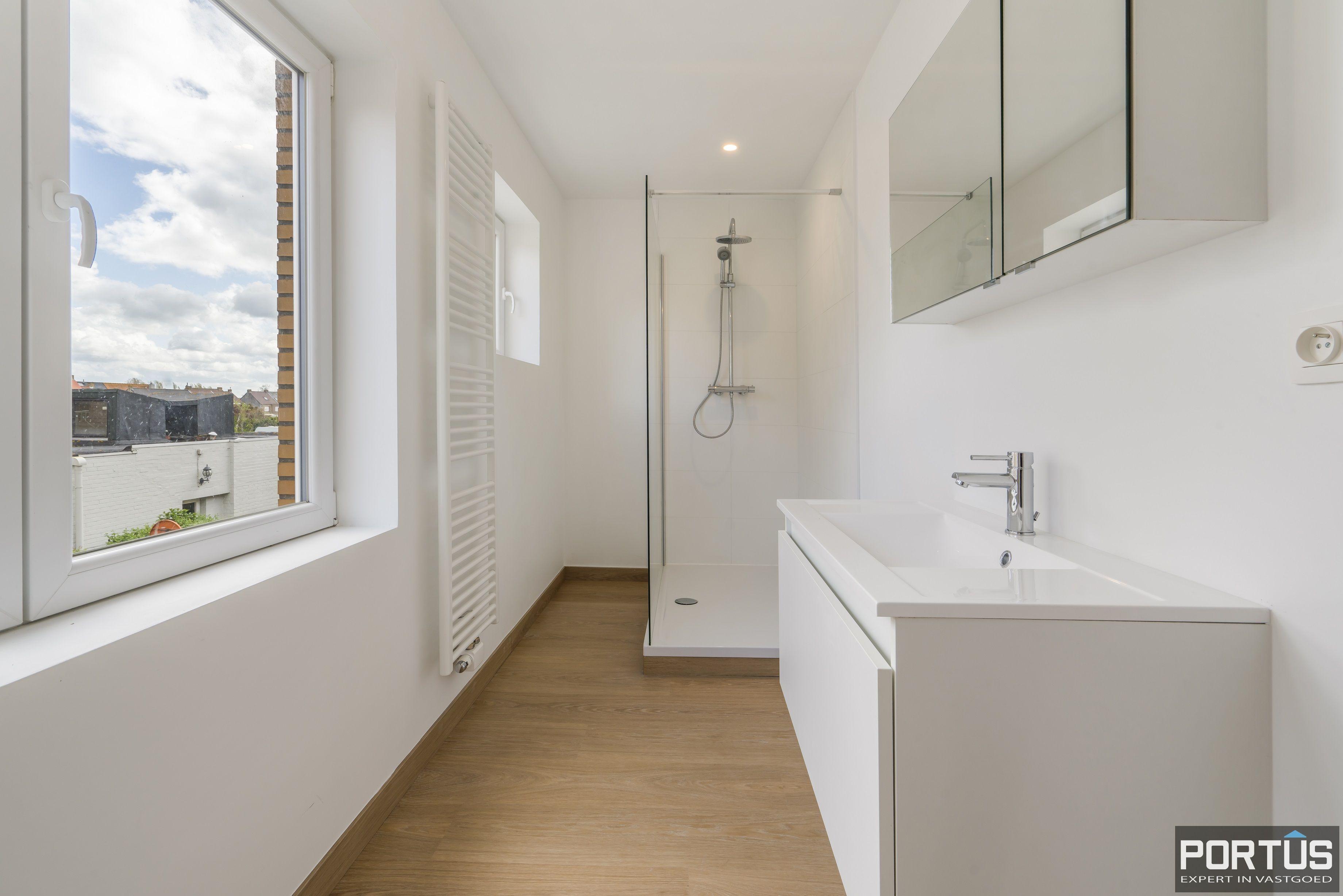 Gerenoveerd appartement te koop te Westende  - 13921