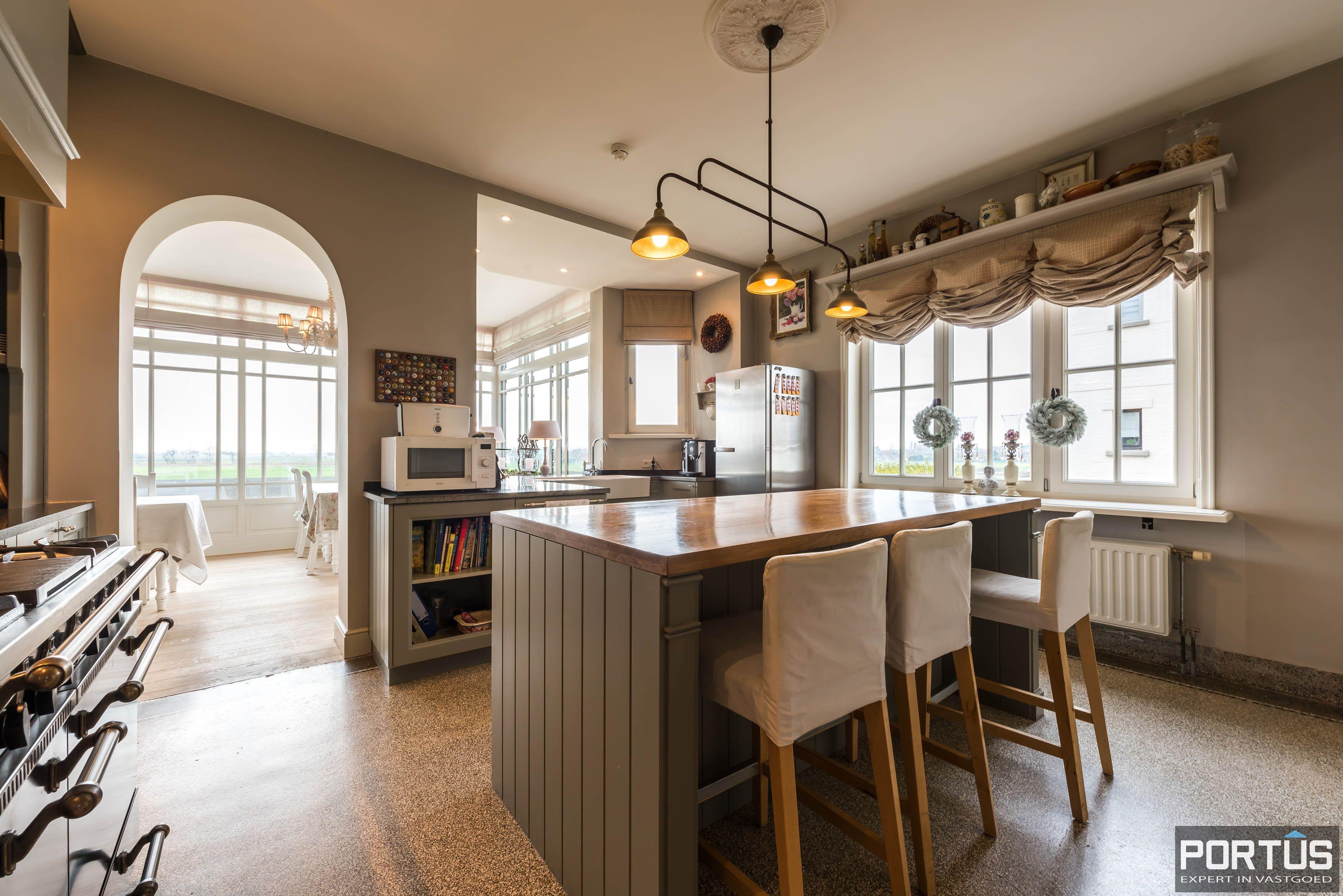 Villa/B&B te koop Westende met 6 slaapkamers - 5433