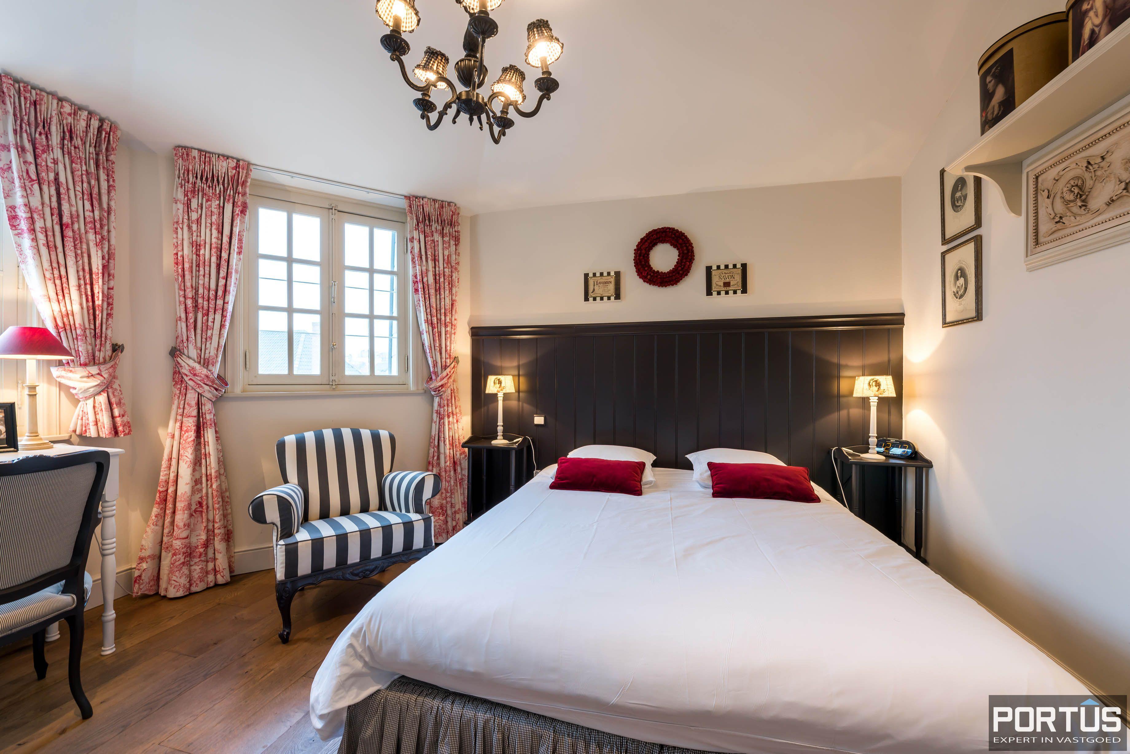 Villa/B&B te koop Westende met 6 slaapkamers - 5443