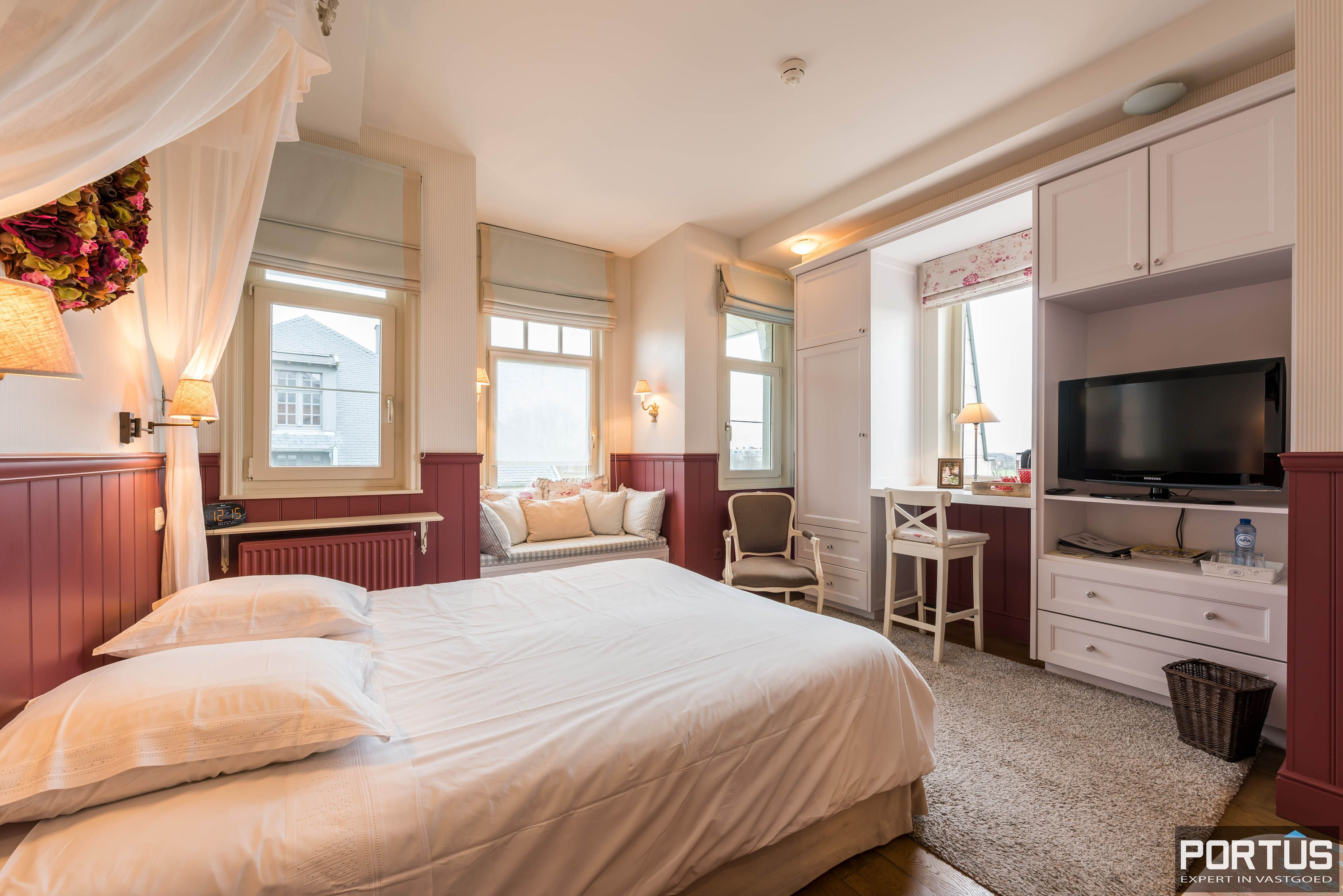 Villa/B&B te koop Westende met 6 slaapkamers - 5447