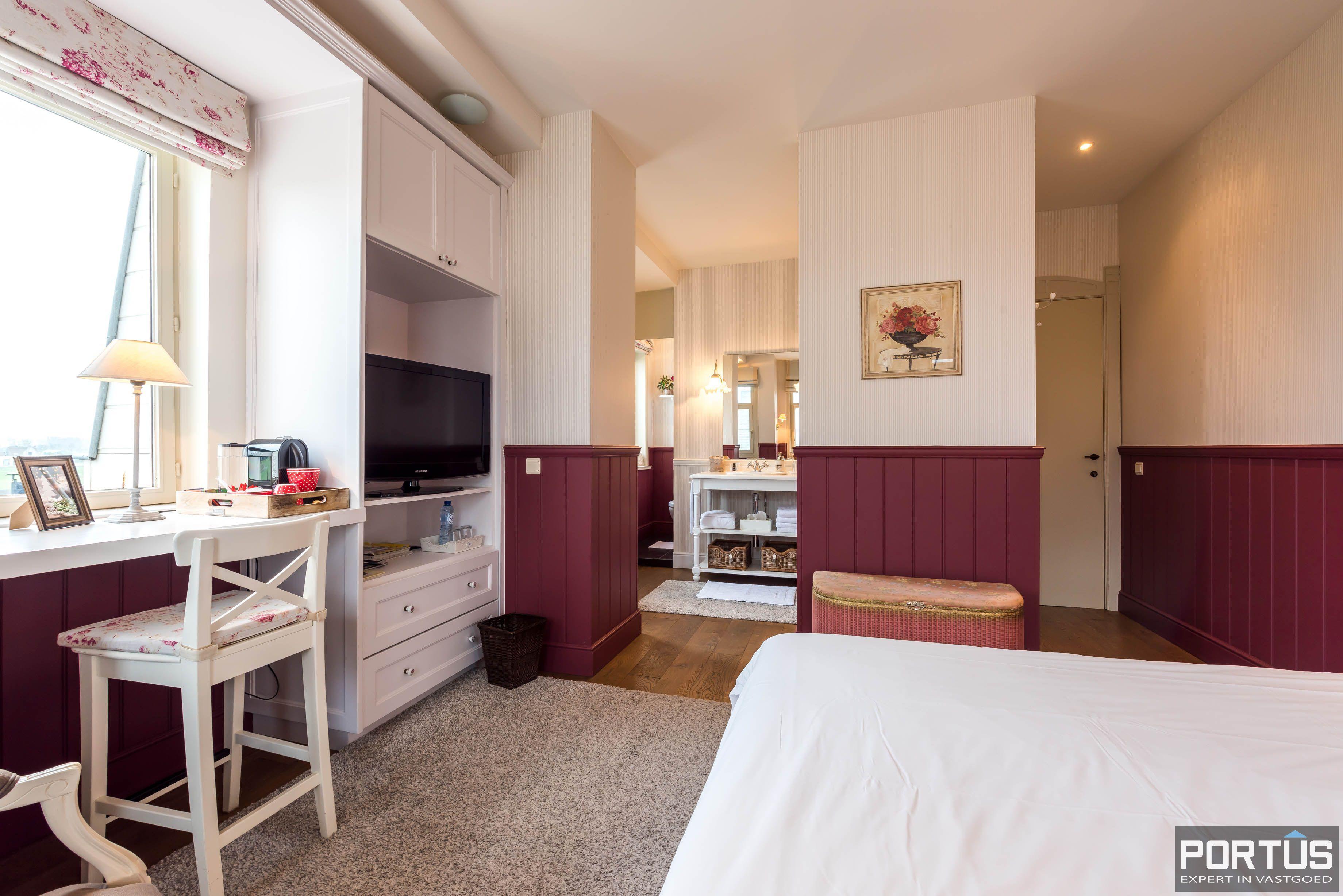 Villa/B&B te koop Westende met 6 slaapkamers - 5449