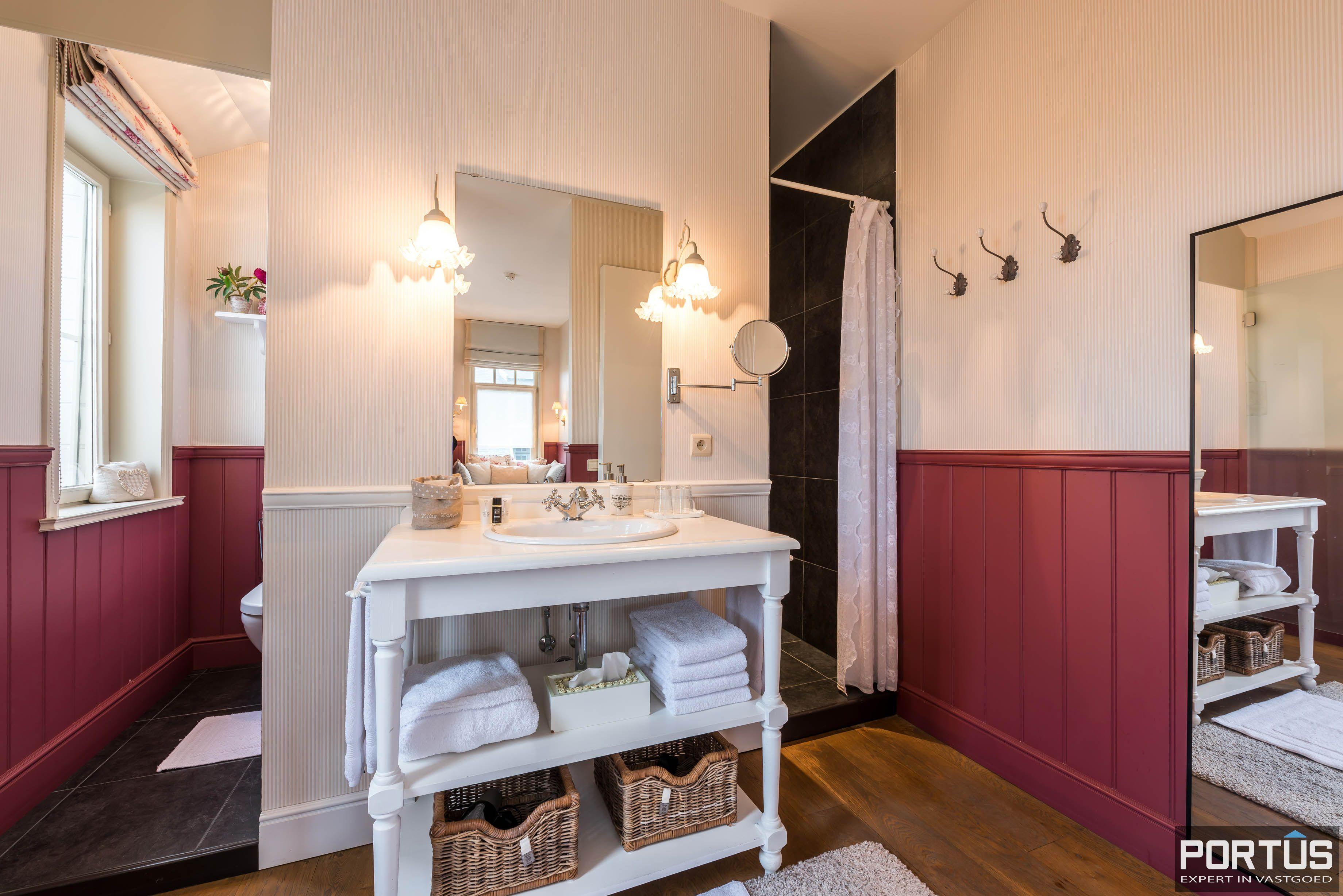 Villa/B&B te koop Westende met 6 slaapkamers - 5451