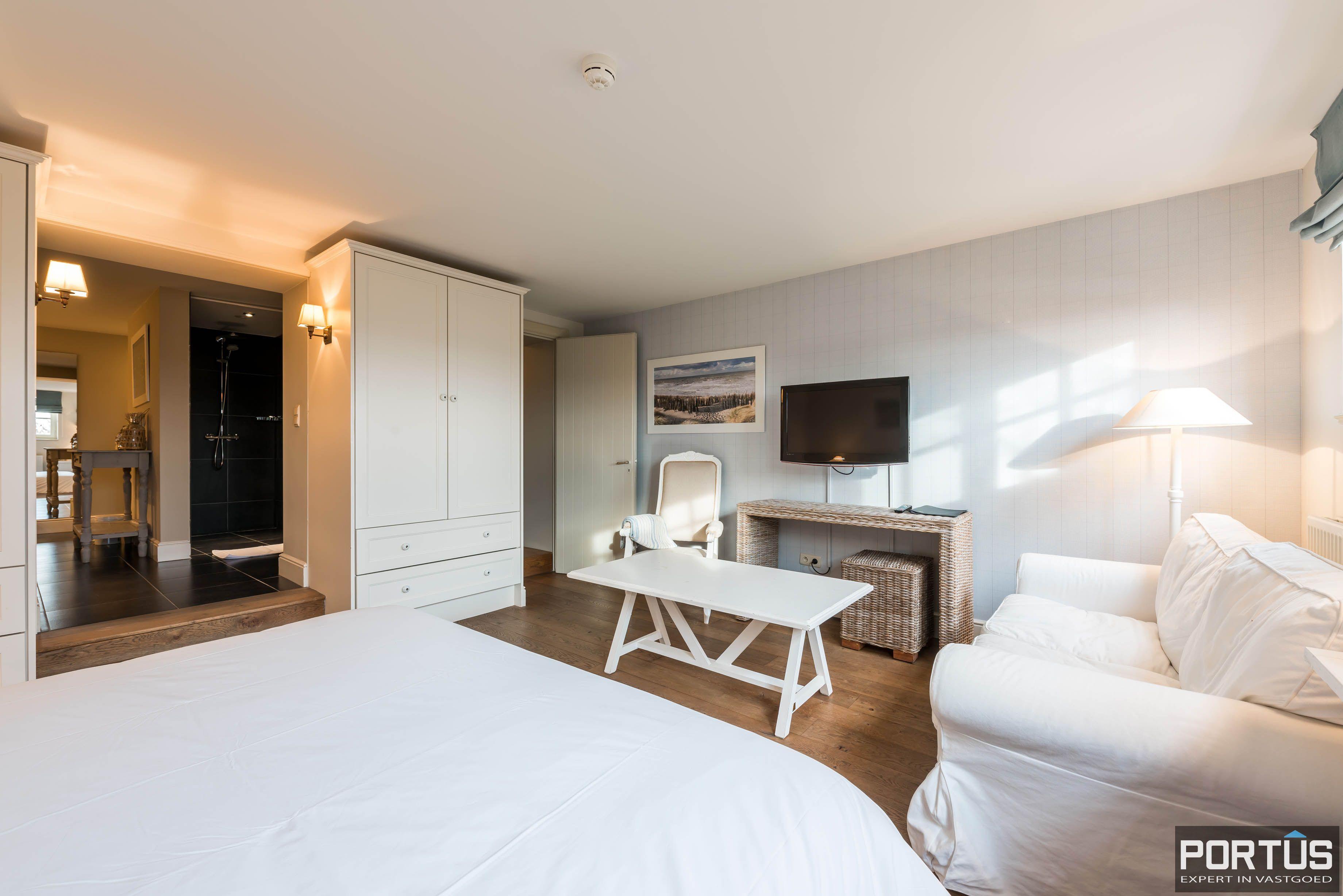 Villa/B&B te koop Westende met 6 slaapkamers - 5459