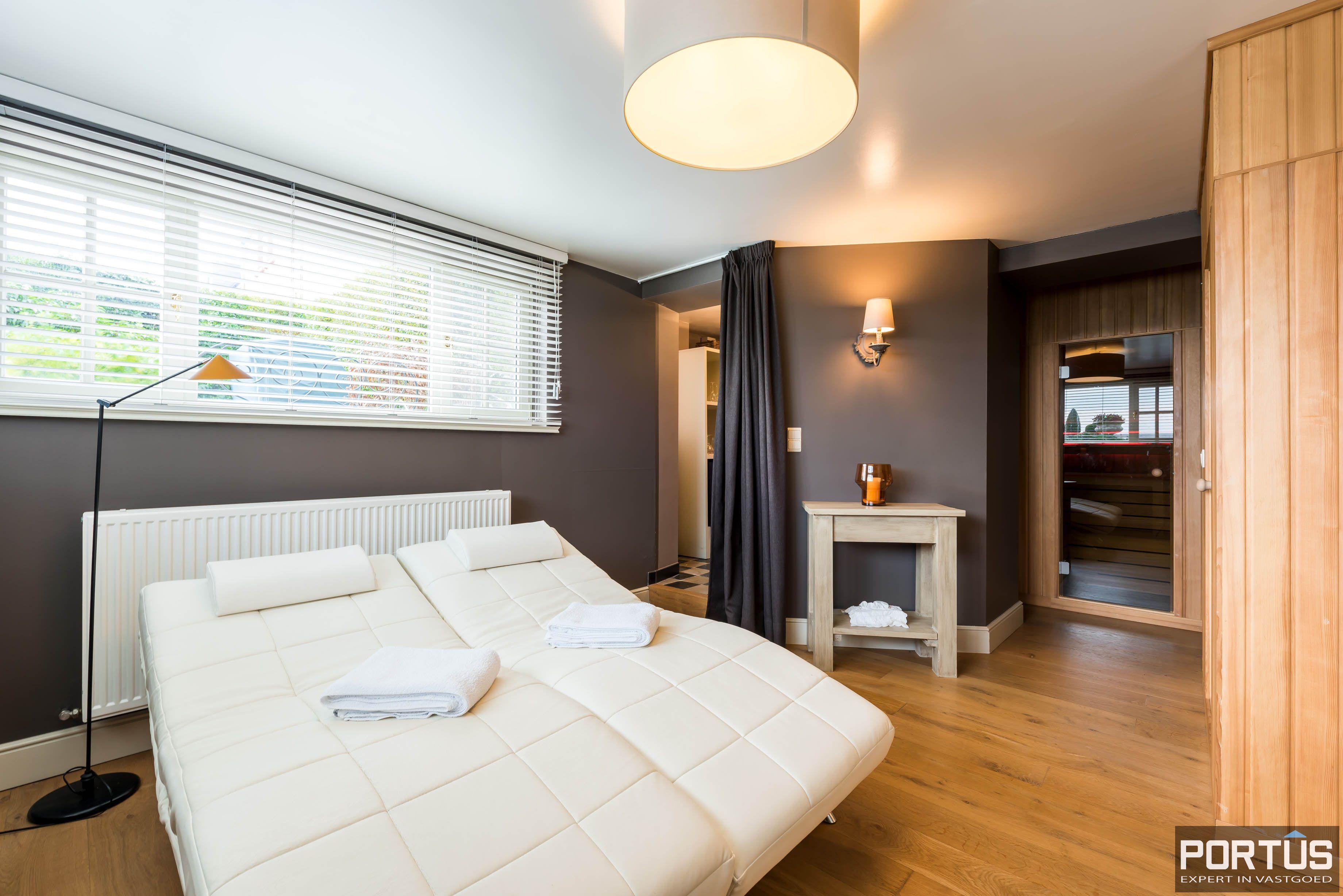 Villa/B&B te koop Westende met 6 slaapkamers - 5465