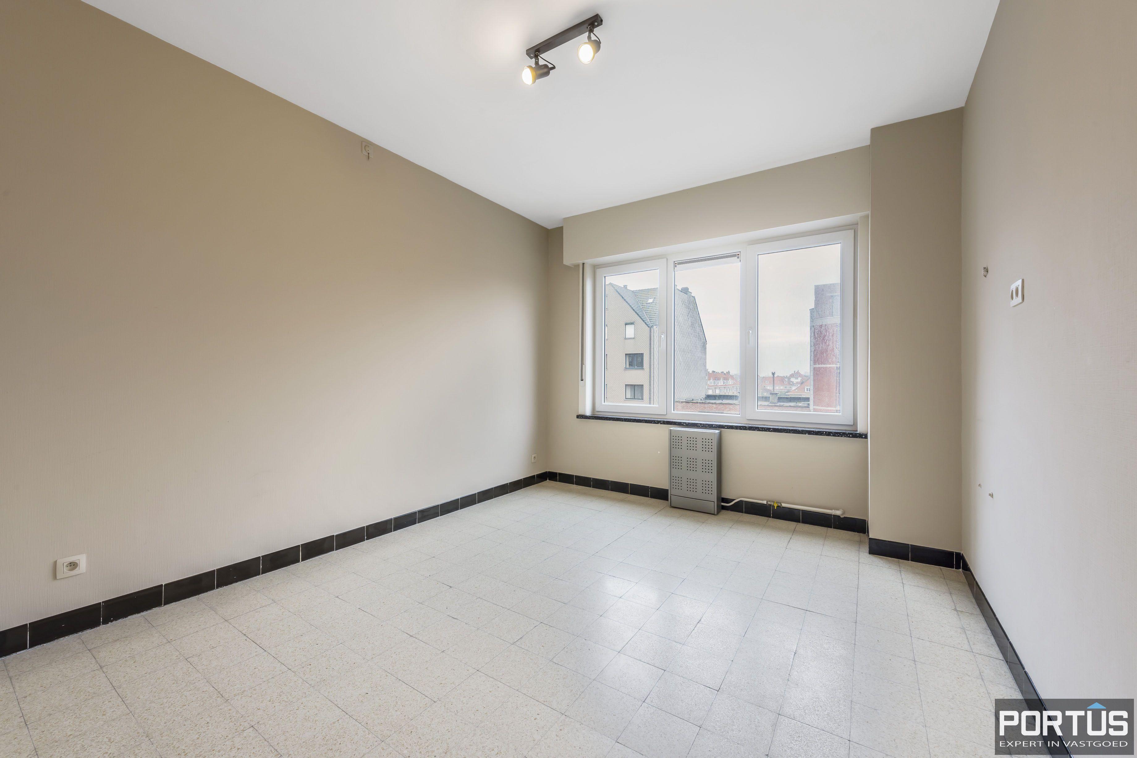Ruim 2-slaapkamer appartement te Nieuwpoort - 6699