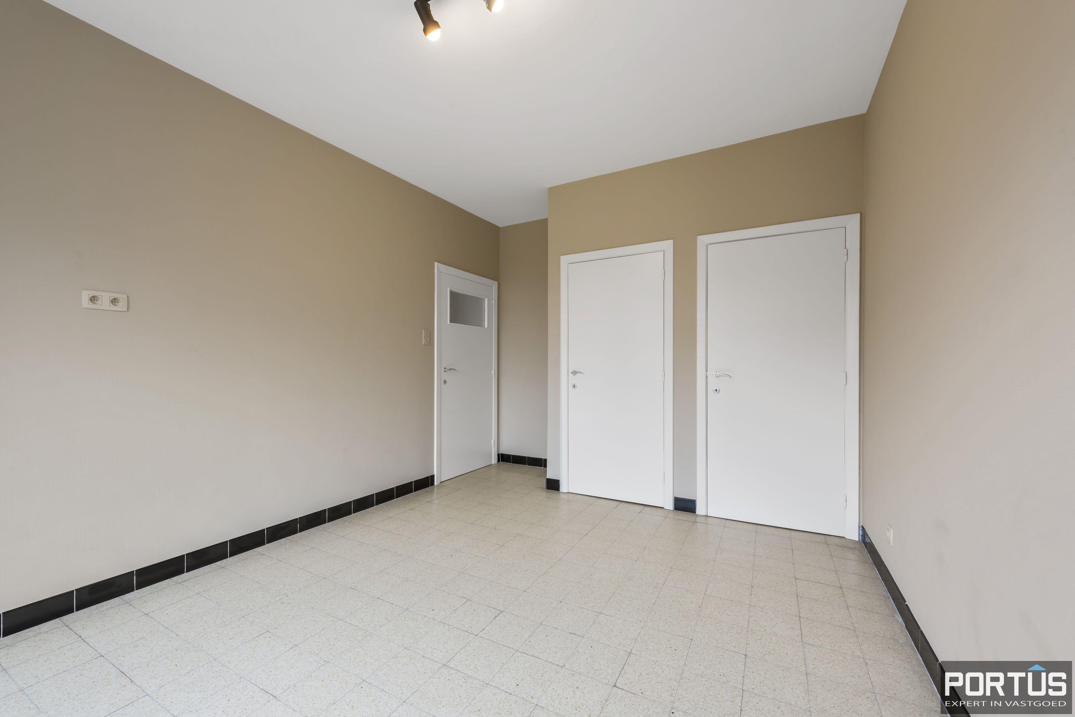 Ruim 2-slaapkamer appartement te Nieuwpoort - 6700