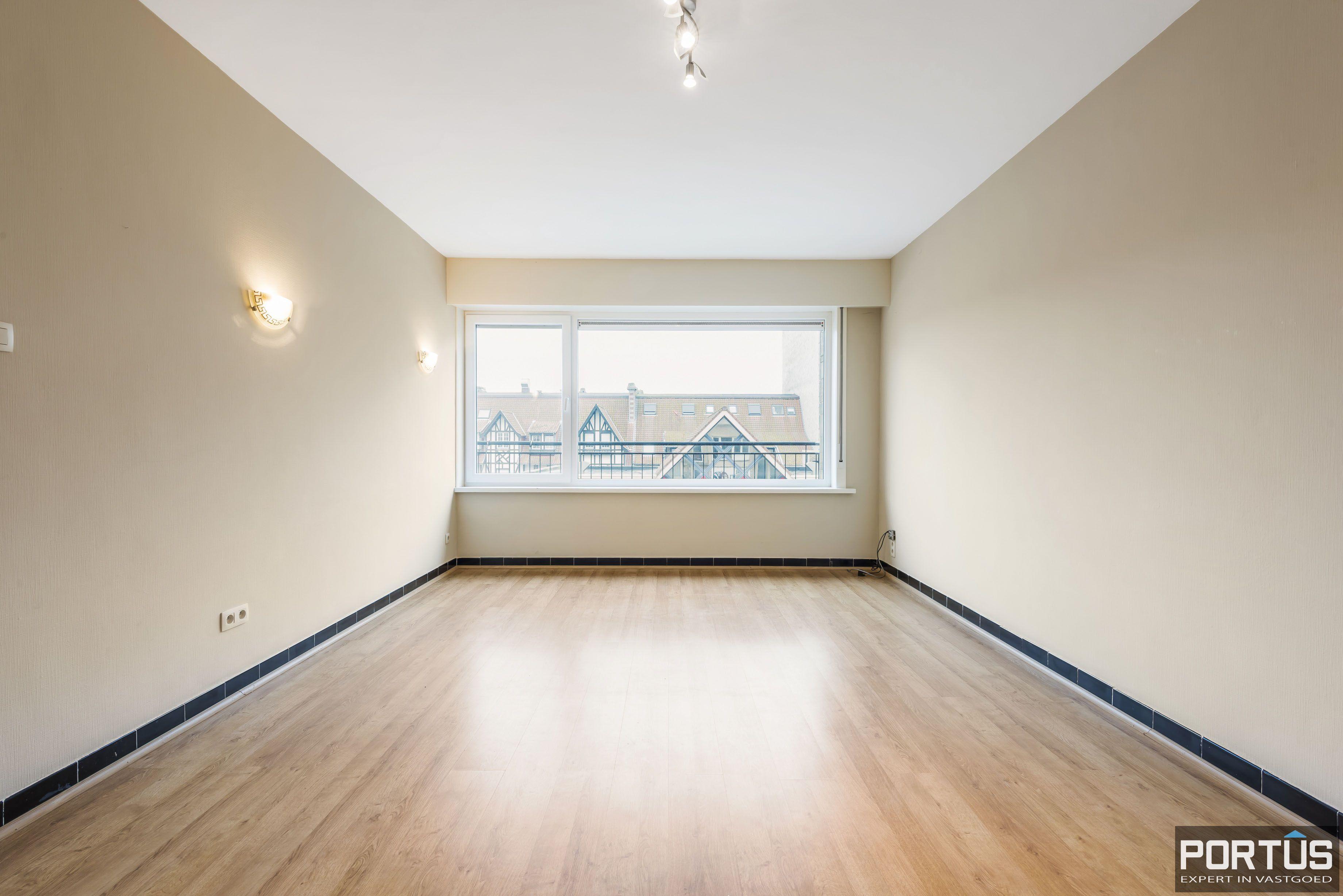 Ruim 2-slaapkamer appartement te Nieuwpoort - 6709