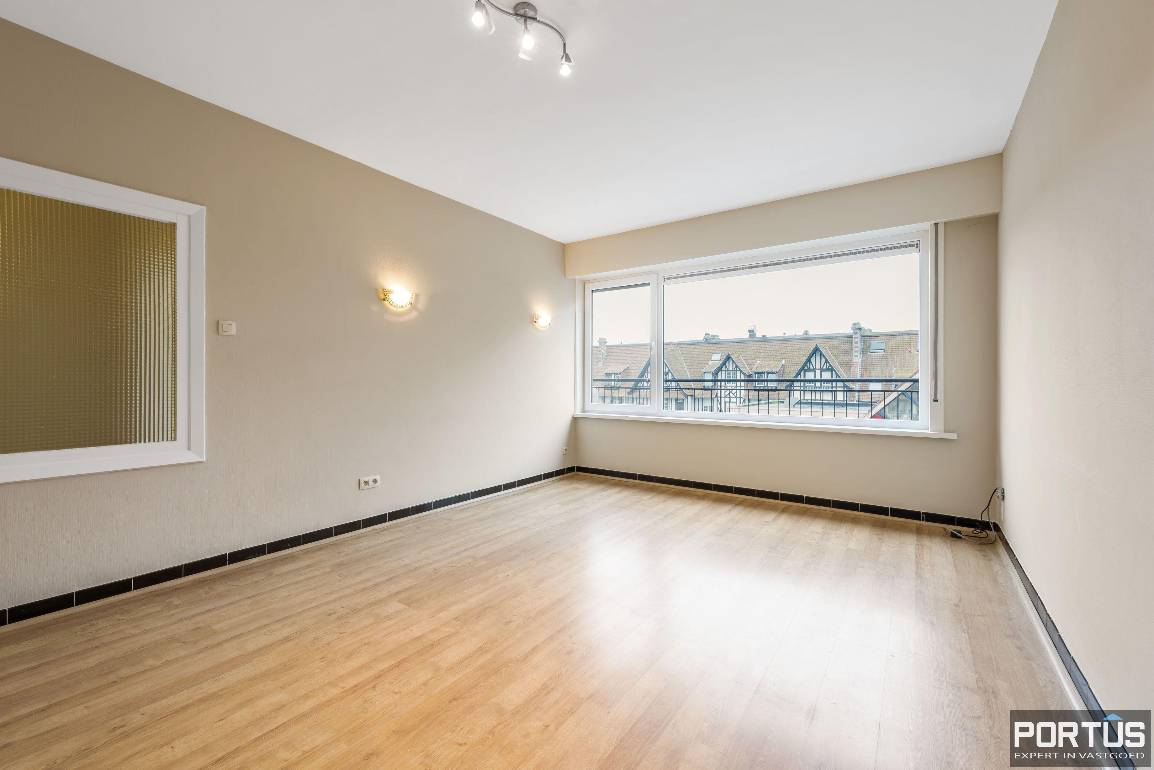 Ruim 2-slaapkamer appartement te Nieuwpoort - 6711