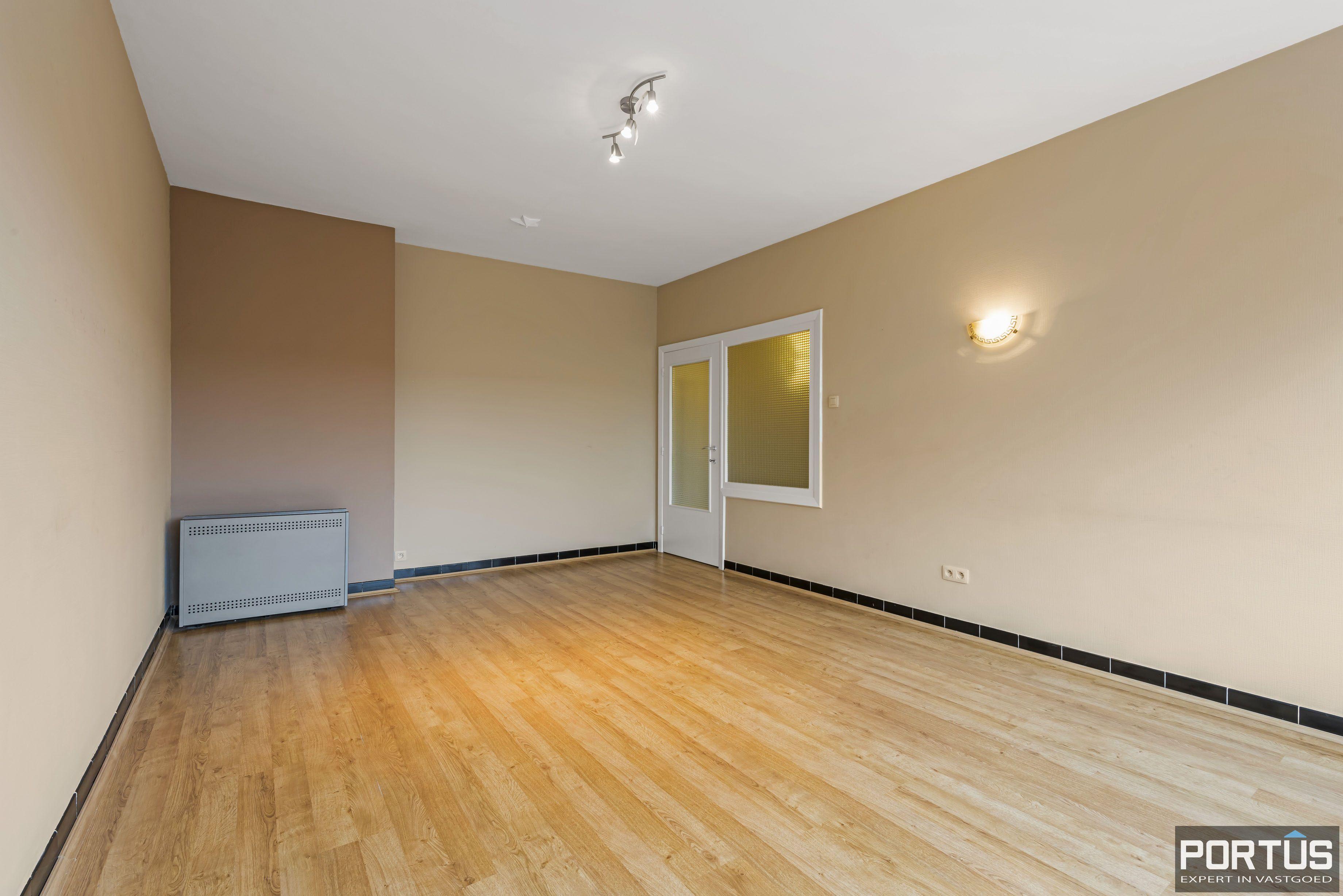 Ruim 2-slaapkamer appartement te Nieuwpoort - 6712