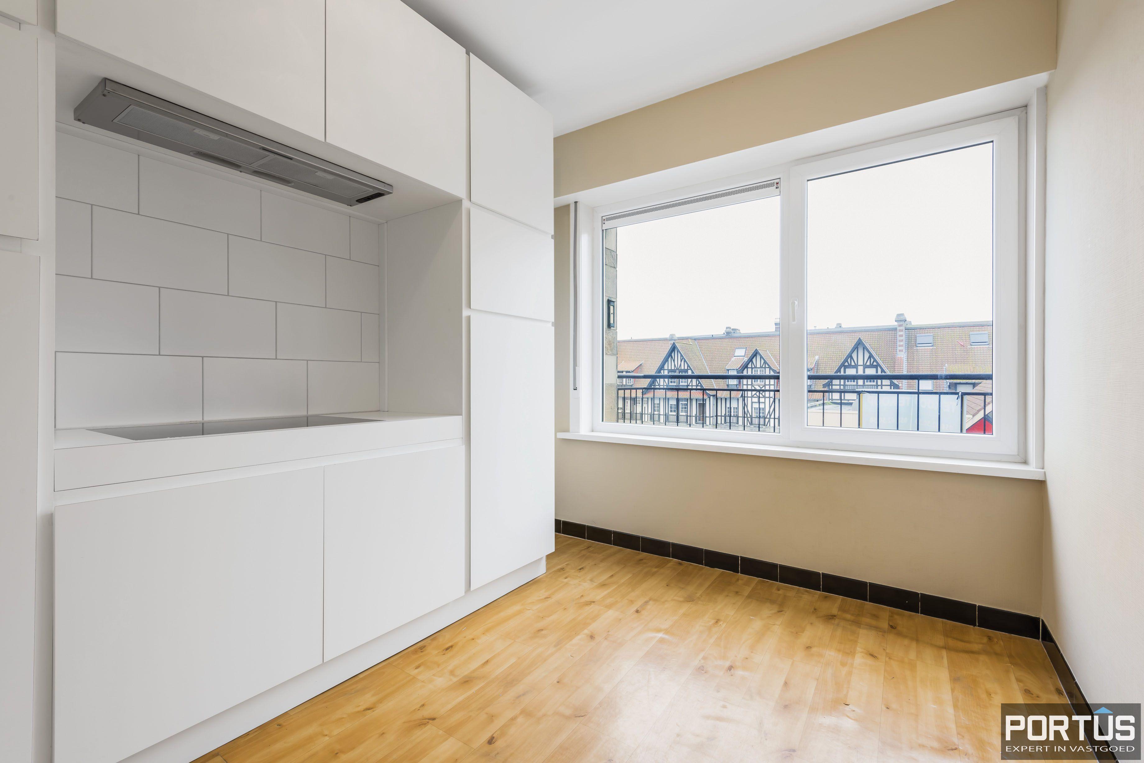 Ruim 2-slaapkamer appartement te Nieuwpoort - 6717