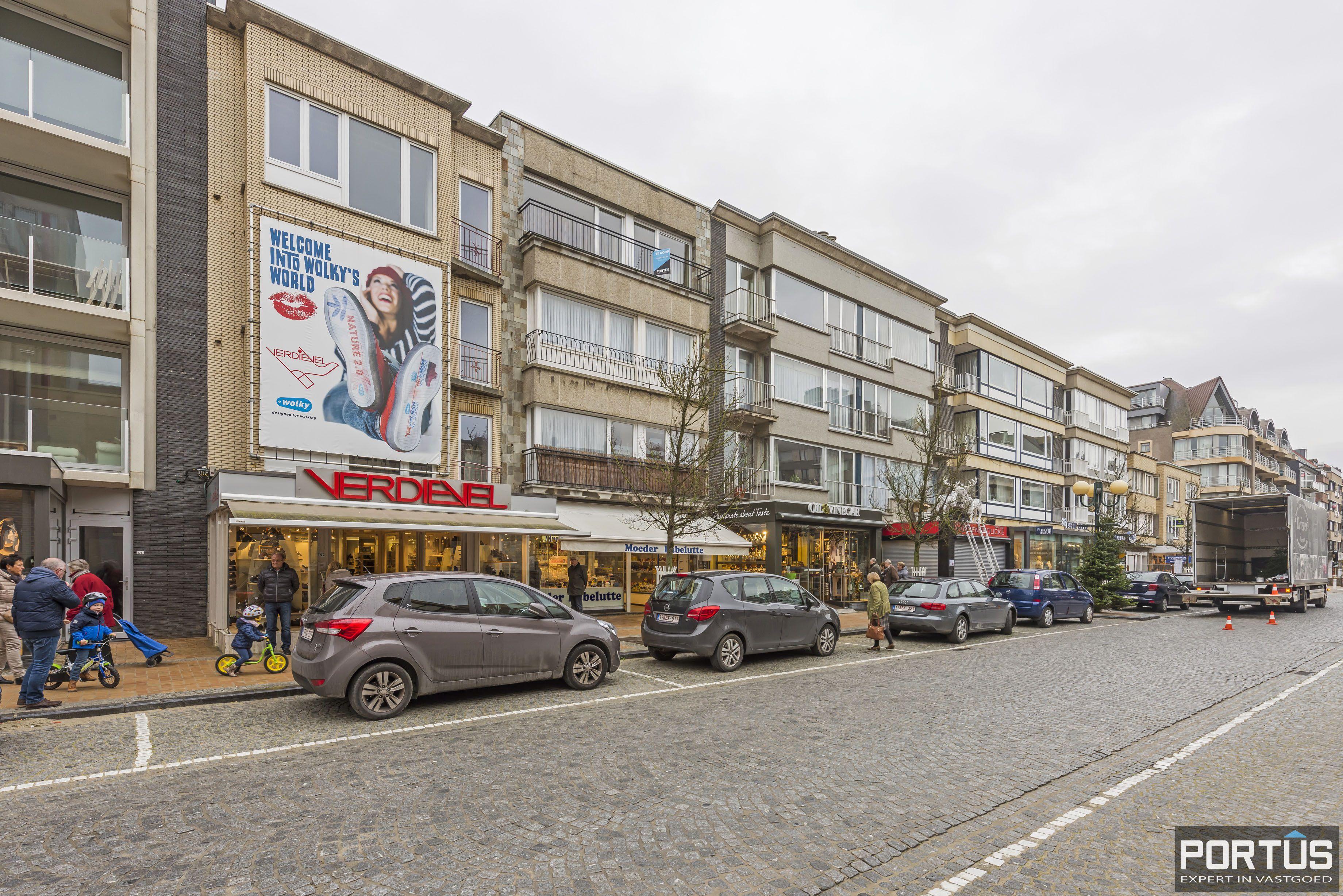 Ruim 2-slaapkamer appartement te Nieuwpoort - 6730