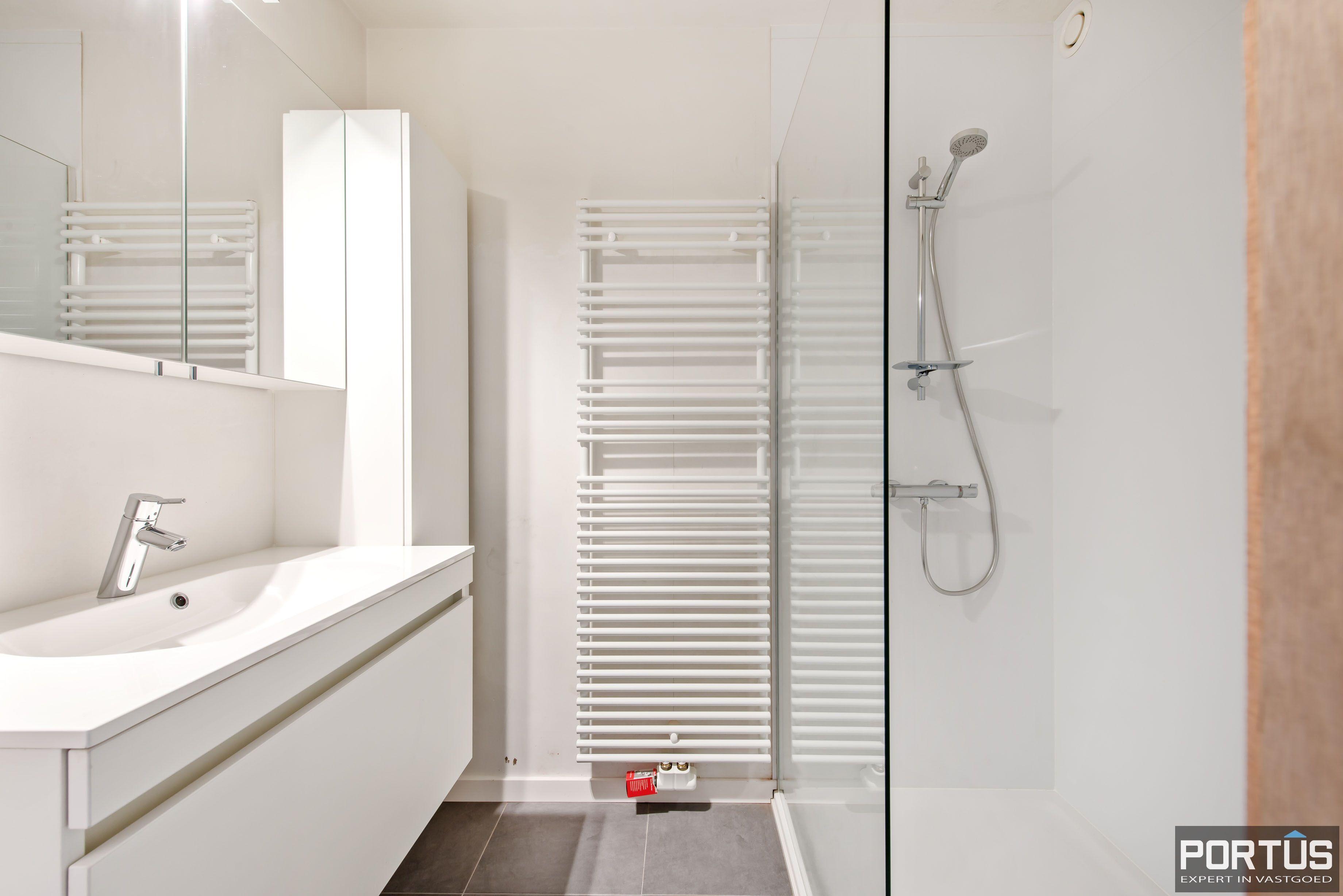 Gerenoveerd 3-slaapkamer appartement met garage te Nieuwpoort-Stad - 7058