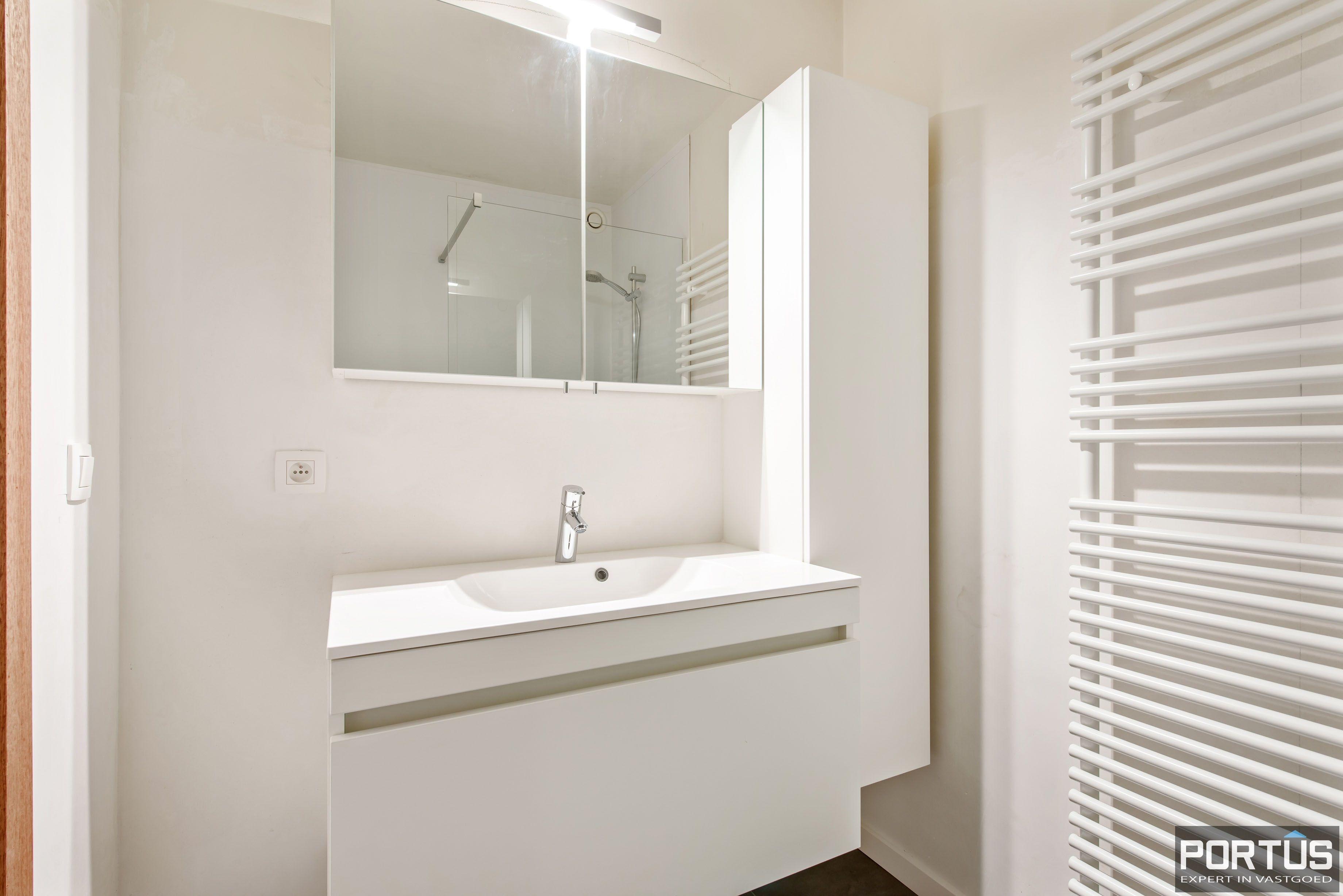 Gerenoveerd 3-slaapkamer appartement met garage te Nieuwpoort-Stad - 7059