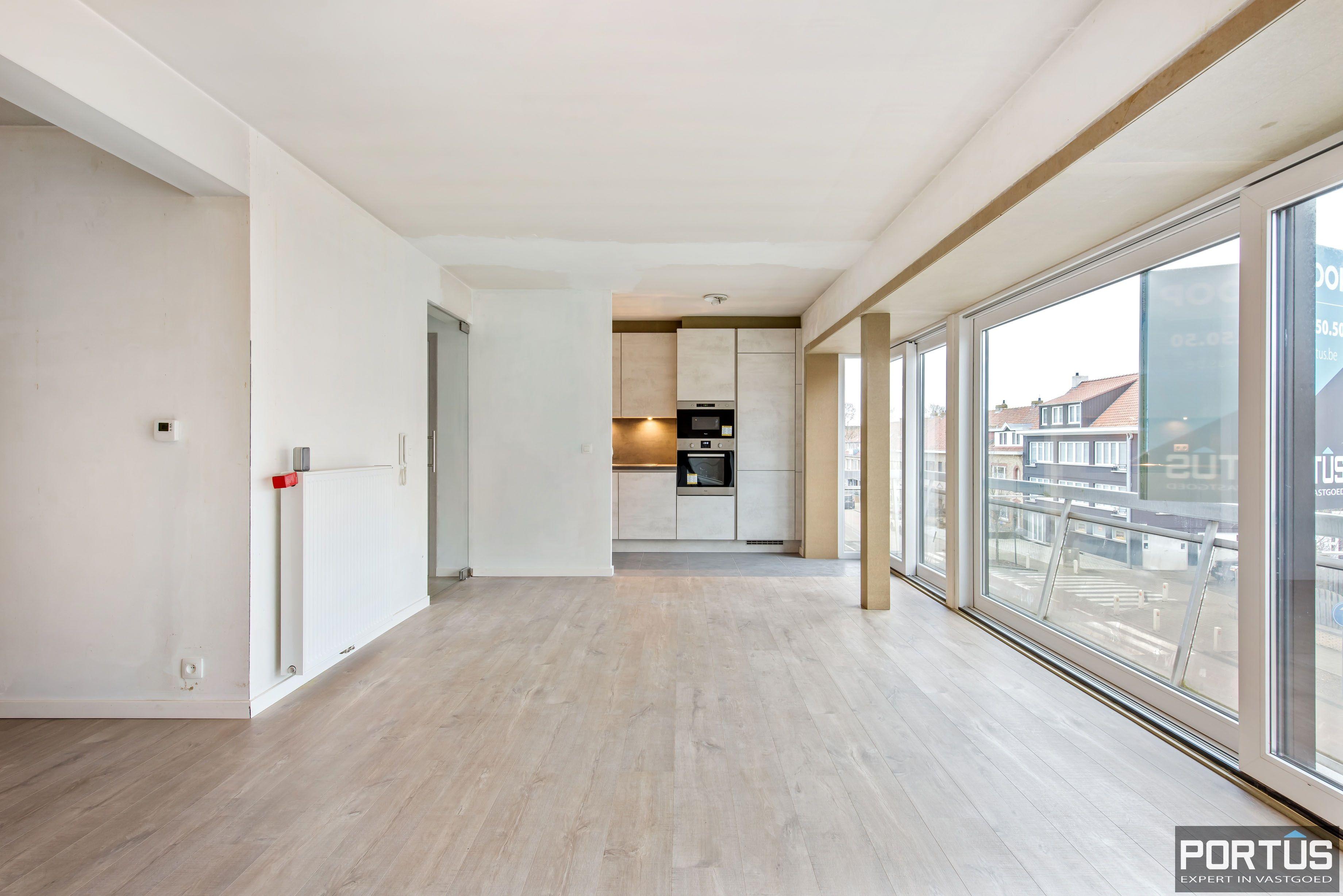 Gerenoveerd 3-slaapkamer appartement met garage te Nieuwpoort-Stad - 7062