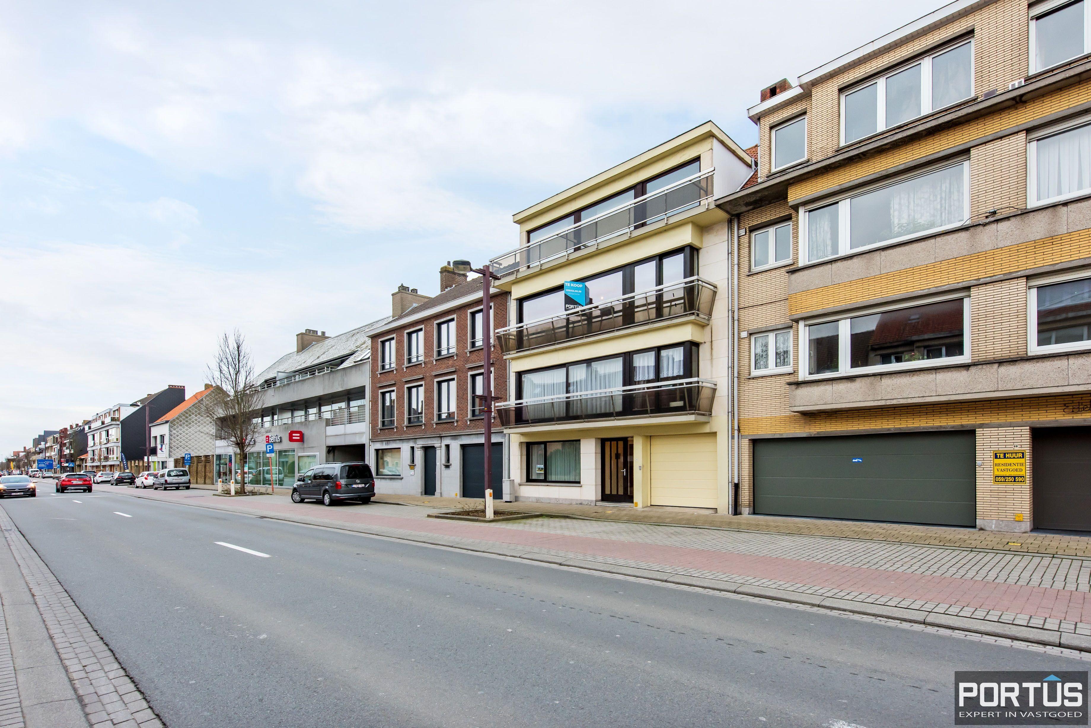 Gerenoveerd 3-slaapkamer appartement met garage te Nieuwpoort-Stad - 7072