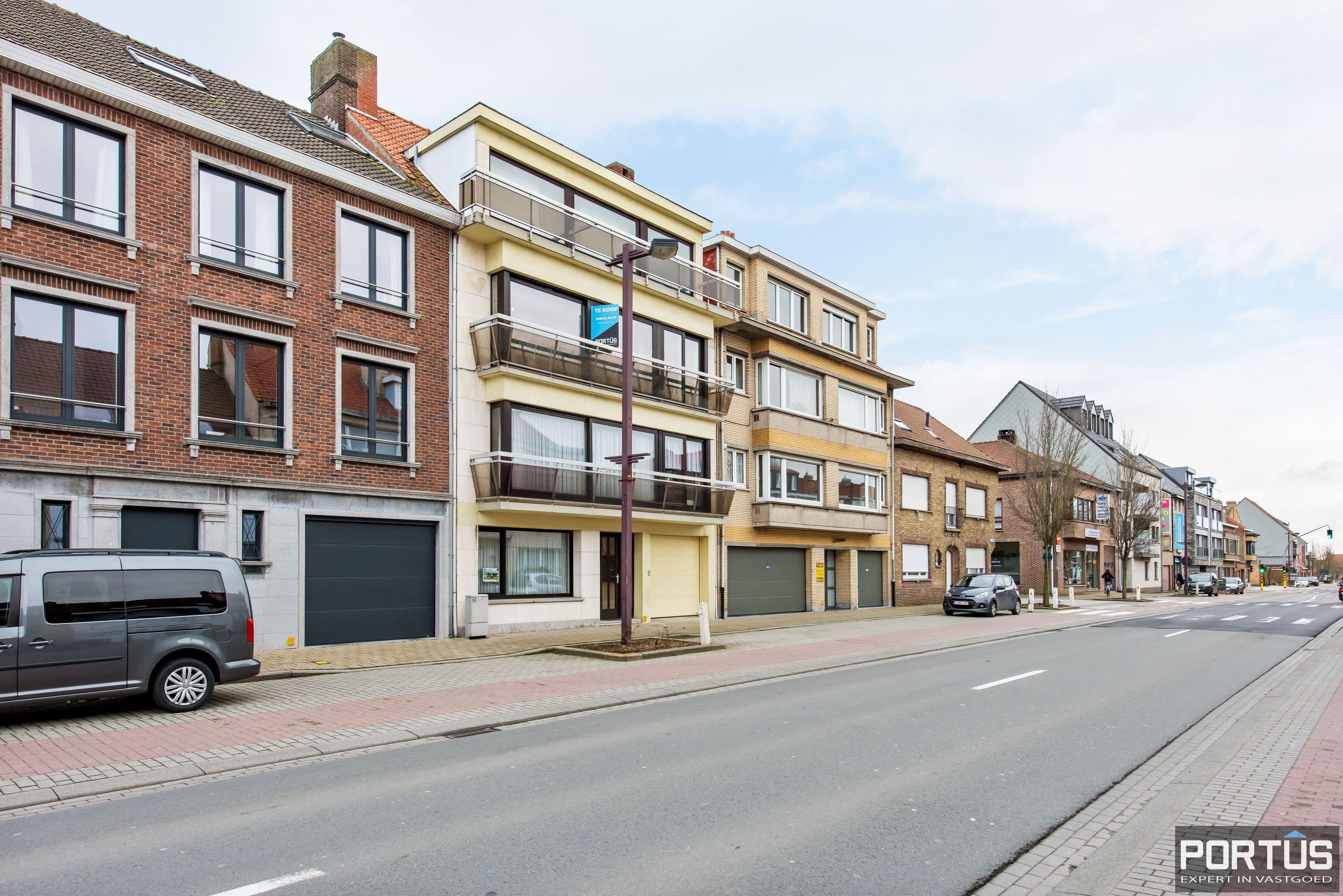 Gerenoveerd 3-slaapkamer appartement met garage te Nieuwpoort-Stad - 7074