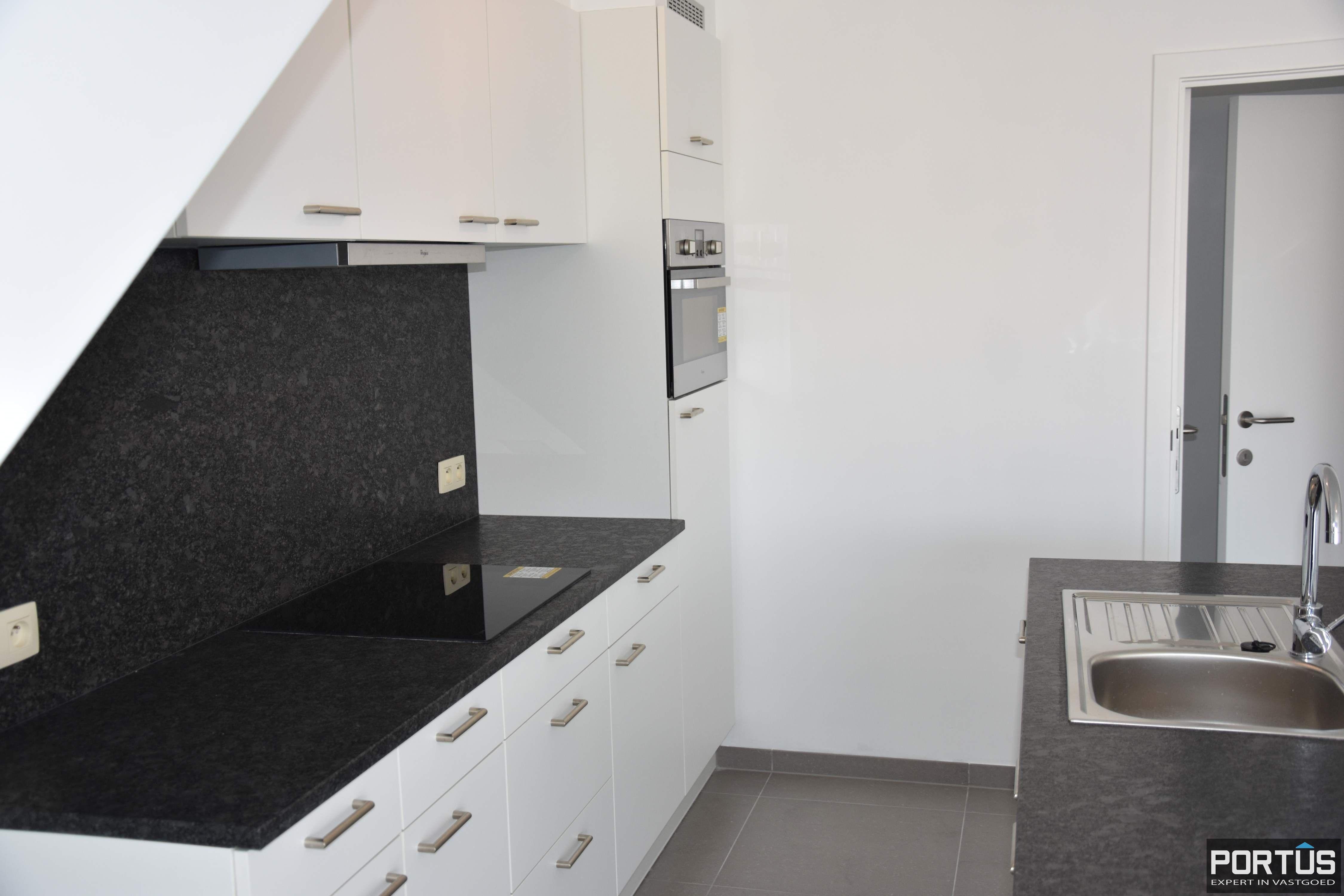 Nieuwbouw duplex-appartement met berging en parking te huur - 8508