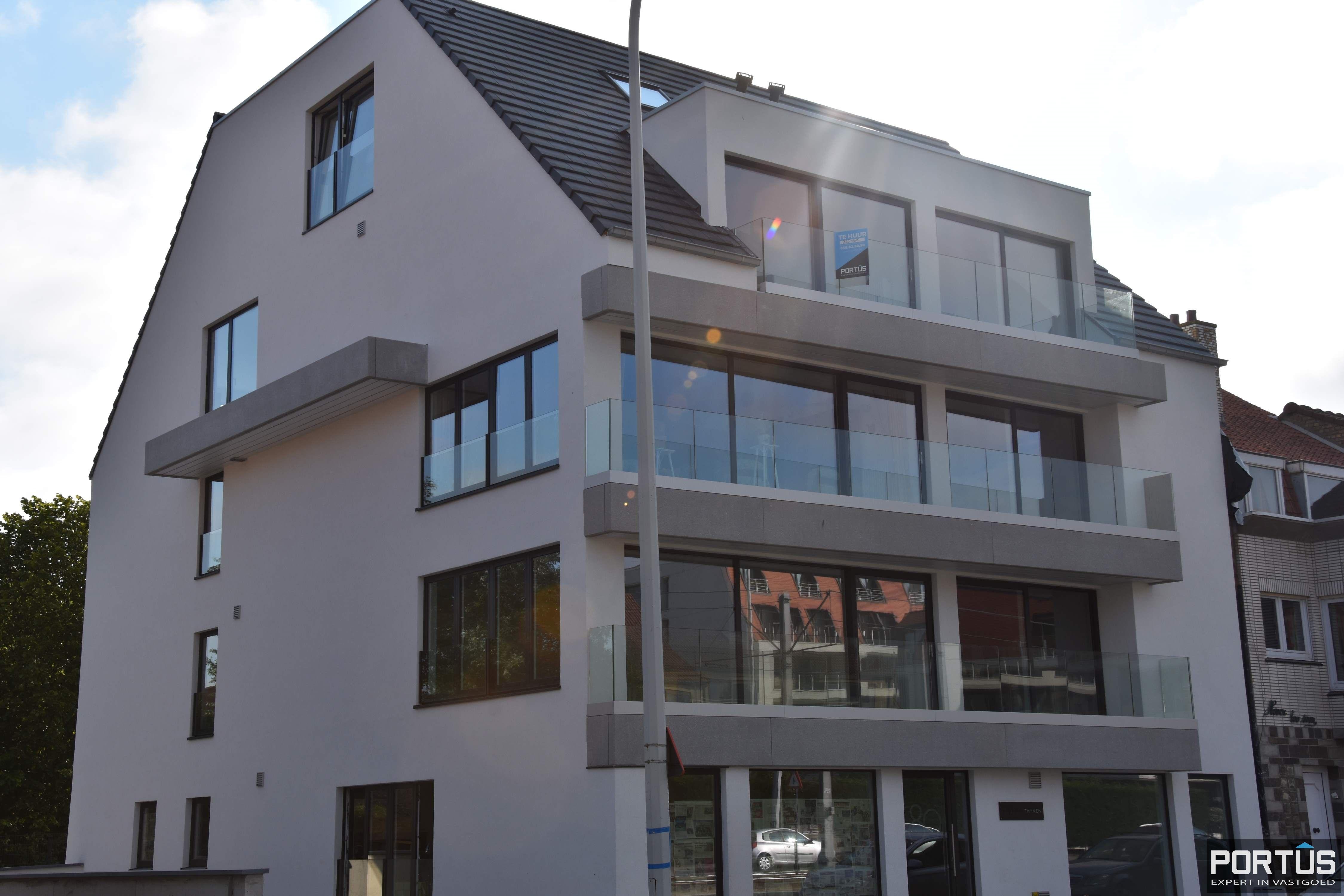 Nieuwbouw duplex-appartement met berging en parking te huur - 8511