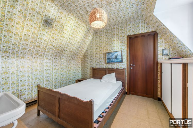 Te renoveren kustvilla te koop te Sint-Idesbald - 8811