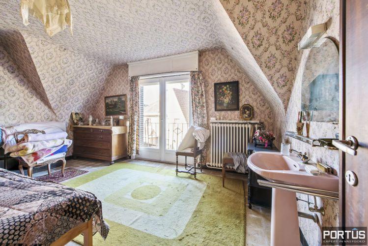 Te renoveren kustvilla te koop te Sint-Idesbald 8815