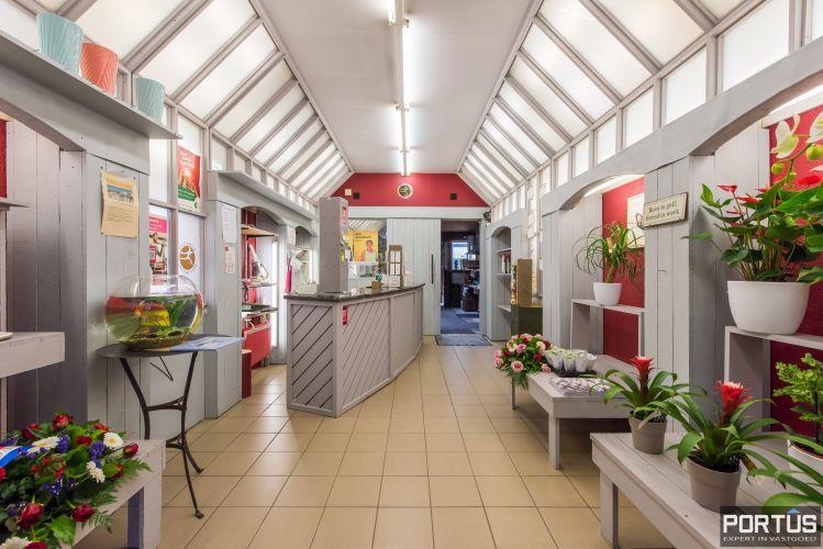 Handelshuis op commerciële ligging te koop te Nieuwpoort-Stad 8842
