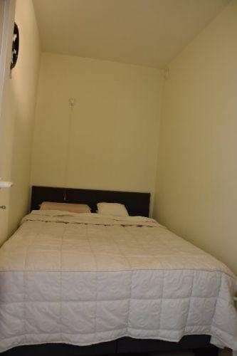 Zeer centraal gelegen appartement te huur met slaaphoek en ruim terras - 9055