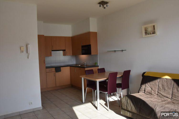 Zeer centraal gelegen appartement te huur met slaaphoek en ruim terras - 9213