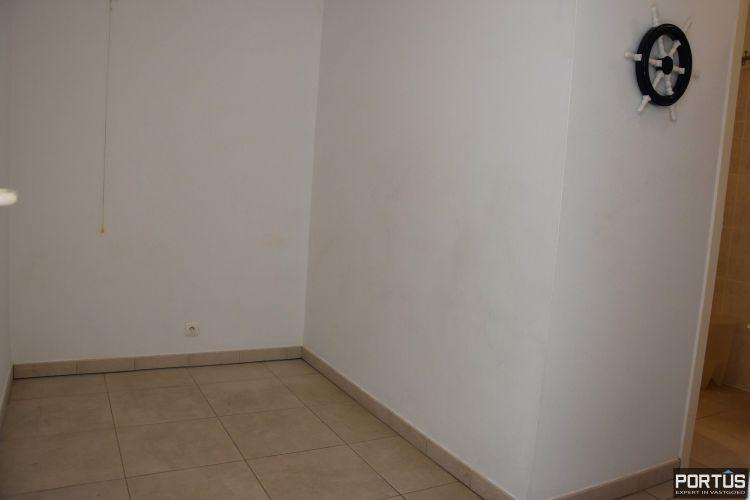 Zeer centraal gelegen appartement te huur met slaaphoek en ruim terras - 9214
