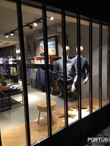 Instapklare ruime handelsruimte met kelder te koop Nieuwpoort 9232