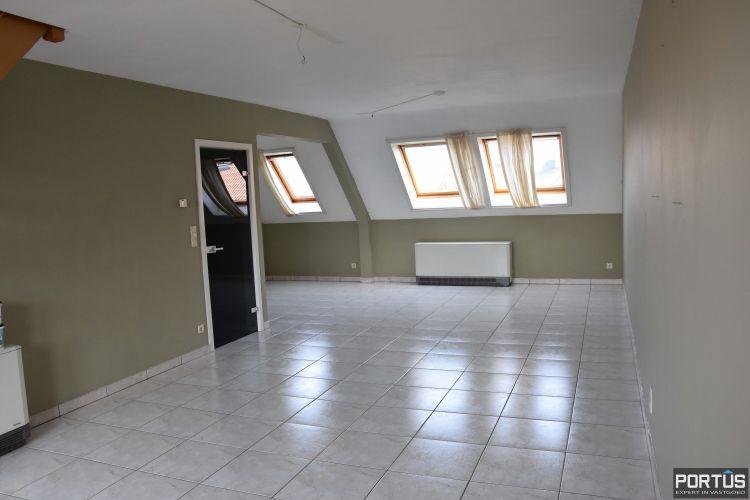 Ruime duplex met 2 slaapkamers en zongericht terras te huur 9370