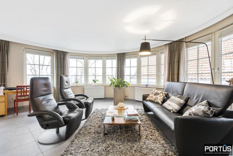 Instapklaar appartement te koop met 2 slaapkamers te Sint-Idesbald 9404