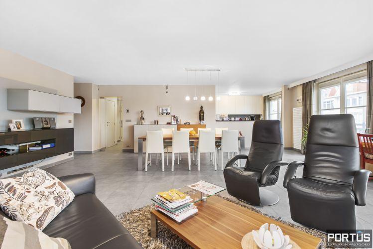 Instapklaar appartement te koop met 2 slaapkamers te Sint-Idesbald 9405