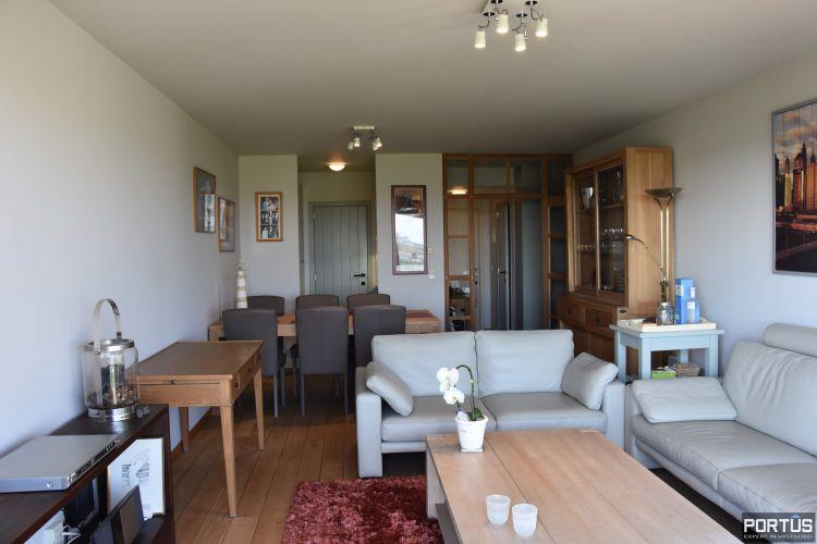 Appartement met slaapkamer, slaaphoek en parking te huur Nieuwpoort 9527