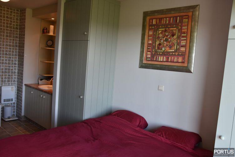 Appartement met slaapkamer, slaaphoek en parking te huur Nieuwpoort 9538