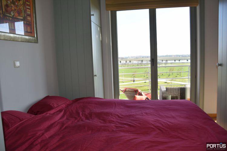 Appartement met slaapkamer, slaaphoek en parking te huur Nieuwpoort 9539