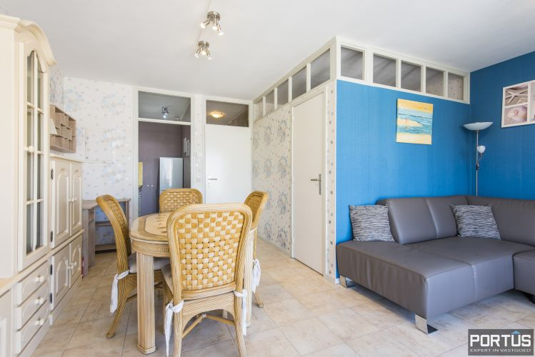 Instapklaar 1 slaapkamer appartement met ruim terras met zijdelings zeezicht te koop 9545