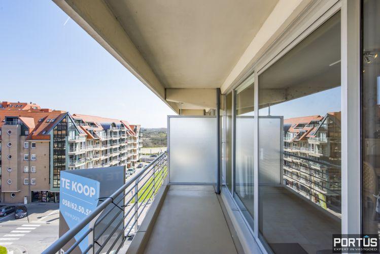 Instapklaar 1 slaapkamer appartement met ruim terras met zijdelings zeezicht te koop 9550